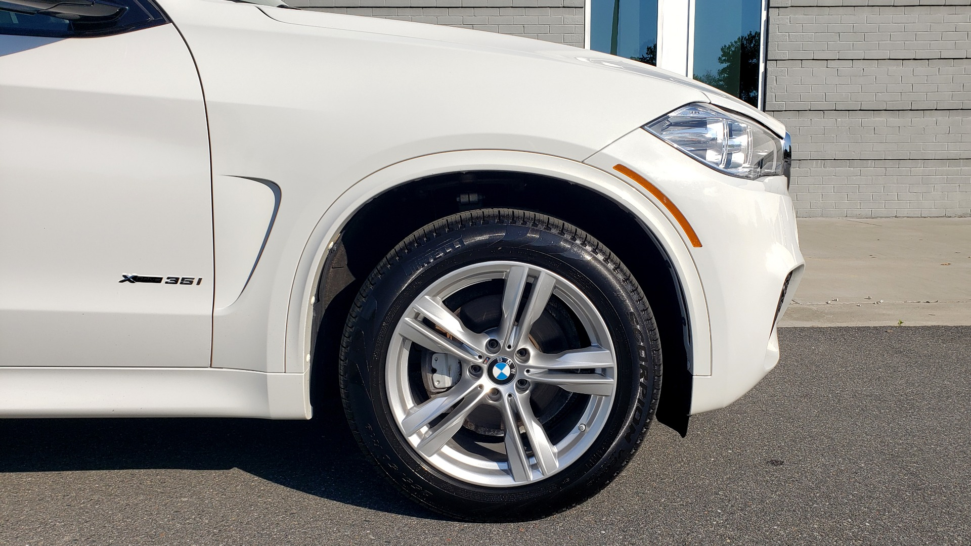 Used 2018 BMW X5 XDRIVE35I / M-SPORT / NAV / SUNROOF / H/K SND / REARVIEW for sale Sold at Formula Imports in Charlotte NC 28227 85