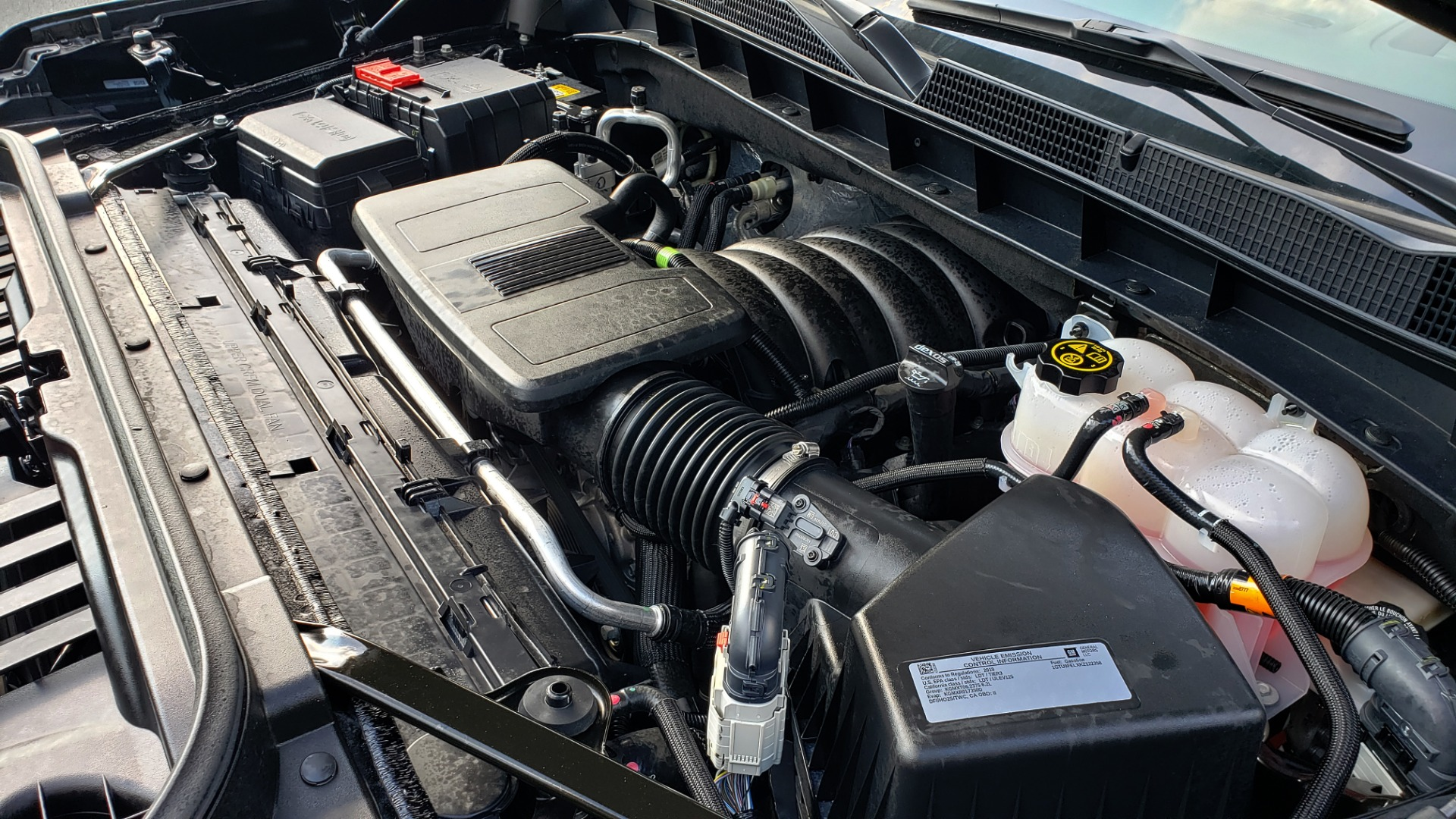 Used 2019 GMC SIERRA 1500 DENALI ULTIMATE 4WD / NAV / TECH PKG / DRVR ALRT for sale Sold at Formula Imports in Charlotte NC 28227 17