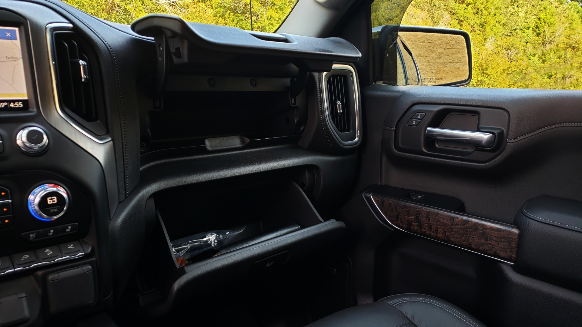Used 2019 GMC SIERRA 1500 DENALI ULTIMATE 4WD / NAV / TECH PKG / DRVR ALRT for sale Sold at Formula Imports in Charlotte NC 28227 56