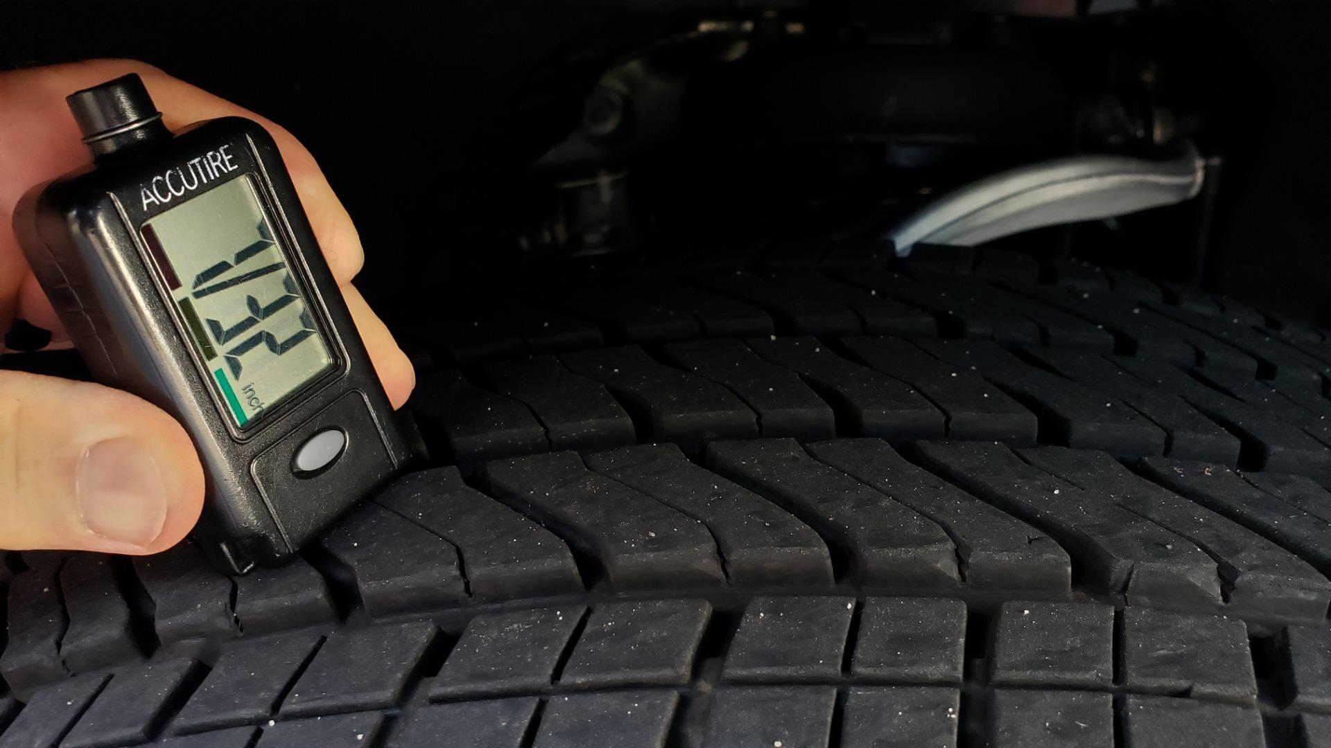 Used 2019 GMC SIERRA 1500 DENALI ULTIMATE 4WD / NAV / TECH PKG / DRVR ALRT for sale Sold at Formula Imports in Charlotte NC 28227 89