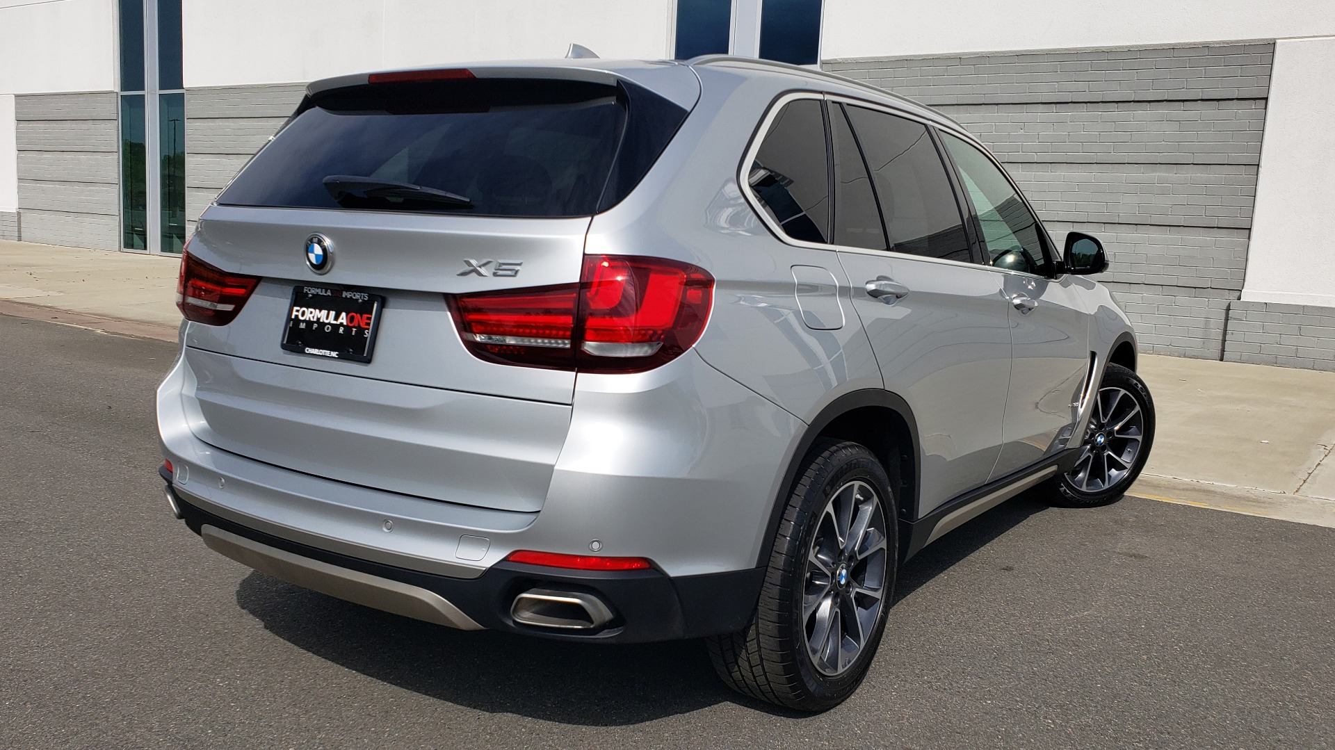 Used 2018 BMW X5 XDRIVE35I PREMIUM / NAV / PANO-ROOF / DRIVER ASST / REARVIEW for sale Sold at Formula Imports in Charlotte NC 28227 2