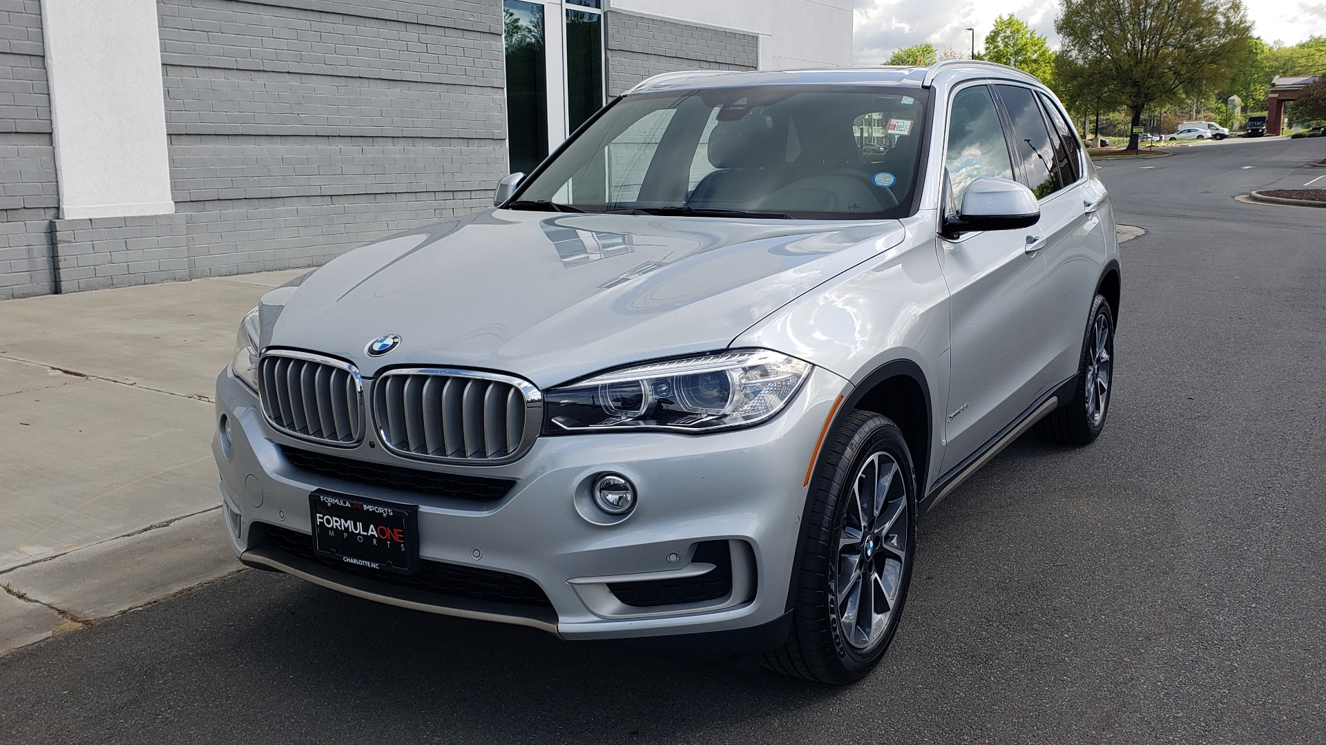 Used 2018 BMW X5 XDRIVE35I PREMIUM / NAV / PANO-ROOF / DRIVER ASST / REARVIEW for sale Sold at Formula Imports in Charlotte NC 28227 3
