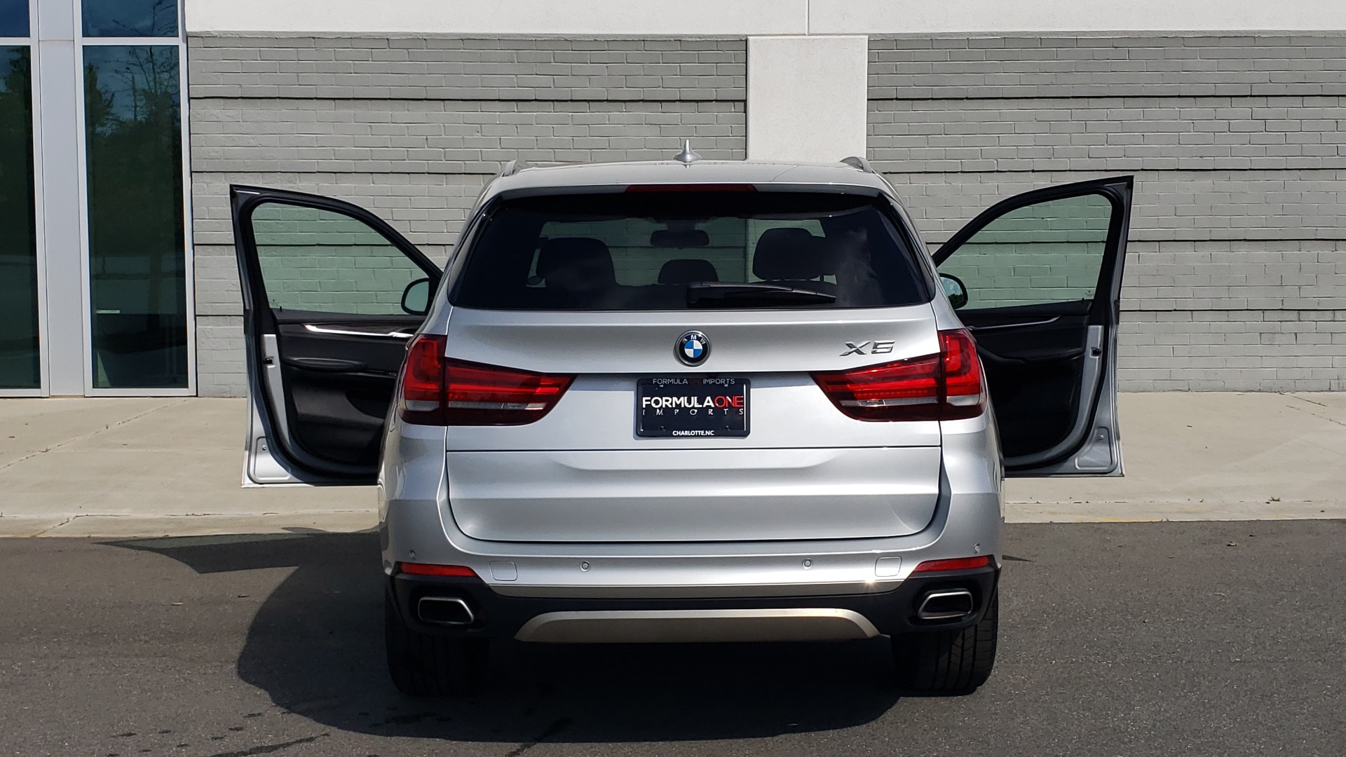 Used 2018 BMW X5 XDRIVE35I PREMIUM / NAV / PANO-ROOF / DRIVER ASST / REARVIEW for sale Sold at Formula Imports in Charlotte NC 28227 31