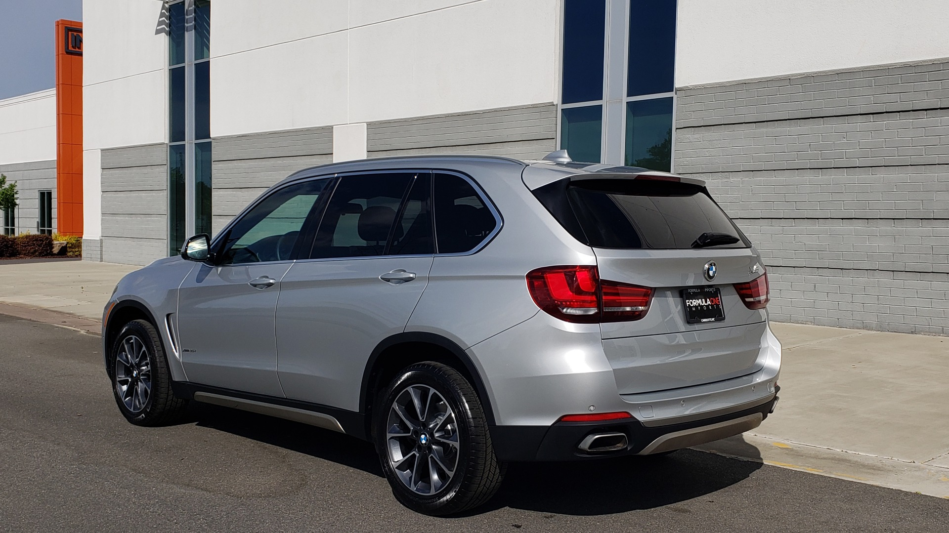 Used 2018 BMW X5 XDRIVE35I PREMIUM / NAV / PANO-ROOF / DRIVER ASST / REARVIEW for sale Sold at Formula Imports in Charlotte NC 28227 6