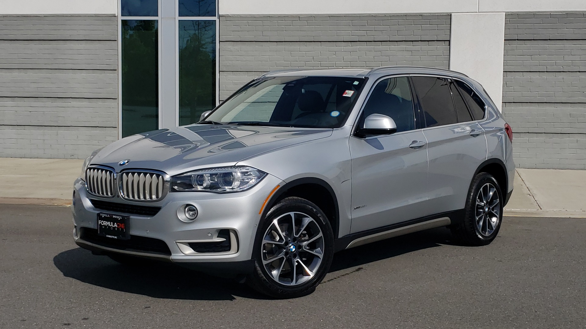 Used 2018 BMW X5 XDRIVE35I PREMIUM / NAV / PANO-ROOF / DRIVER ASST / REARVIEW for sale Sold at Formula Imports in Charlotte NC 28227 1