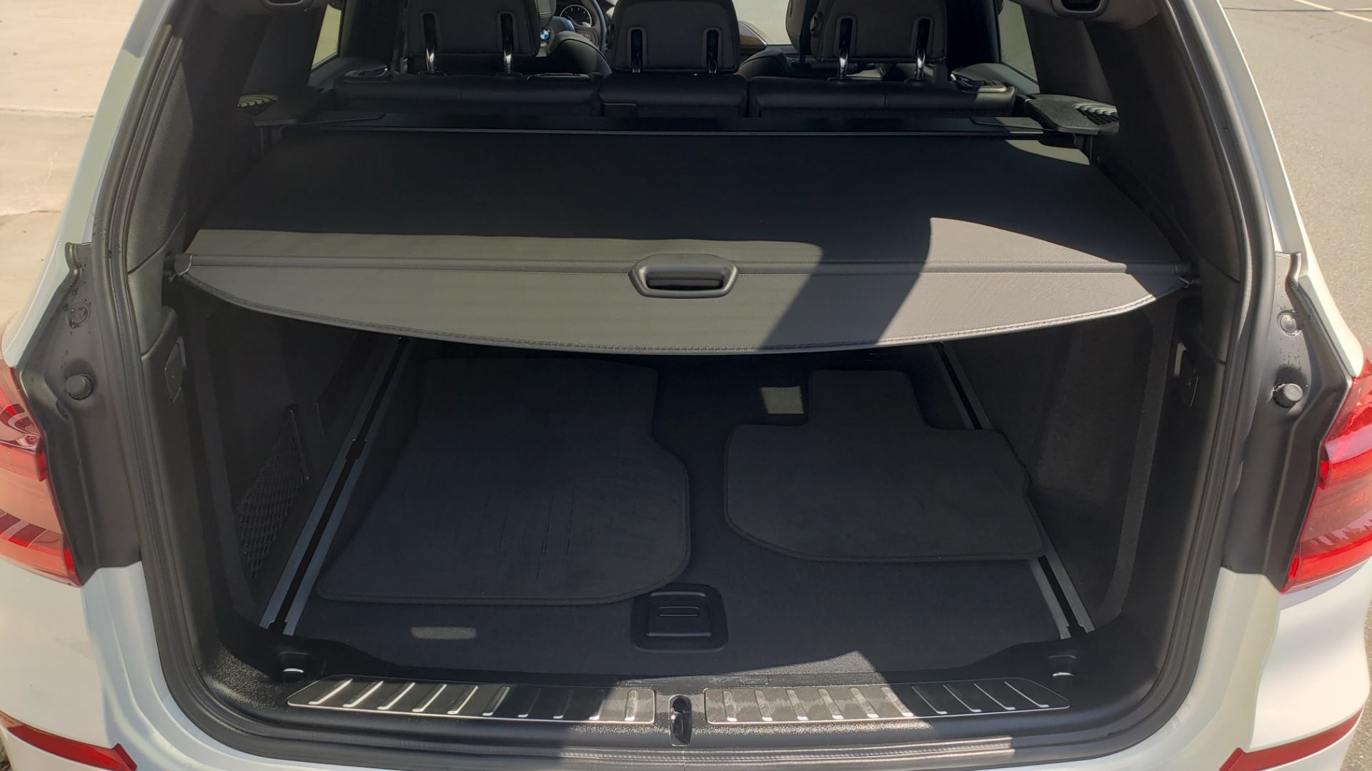Used 2018 BMW X3 XDRIVE30I / CONV PKG / PANO-ROOF / HTD STS / REARVIEW for sale $33,995 at Formula Imports in Charlotte NC 28227 15
