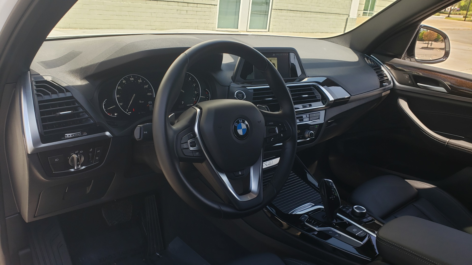 Used 2018 BMW X3 XDRIVE30I / CONV PKG / PANO-ROOF / HTD STS / REARVIEW for sale $33,995 at Formula Imports in Charlotte NC 28227 40