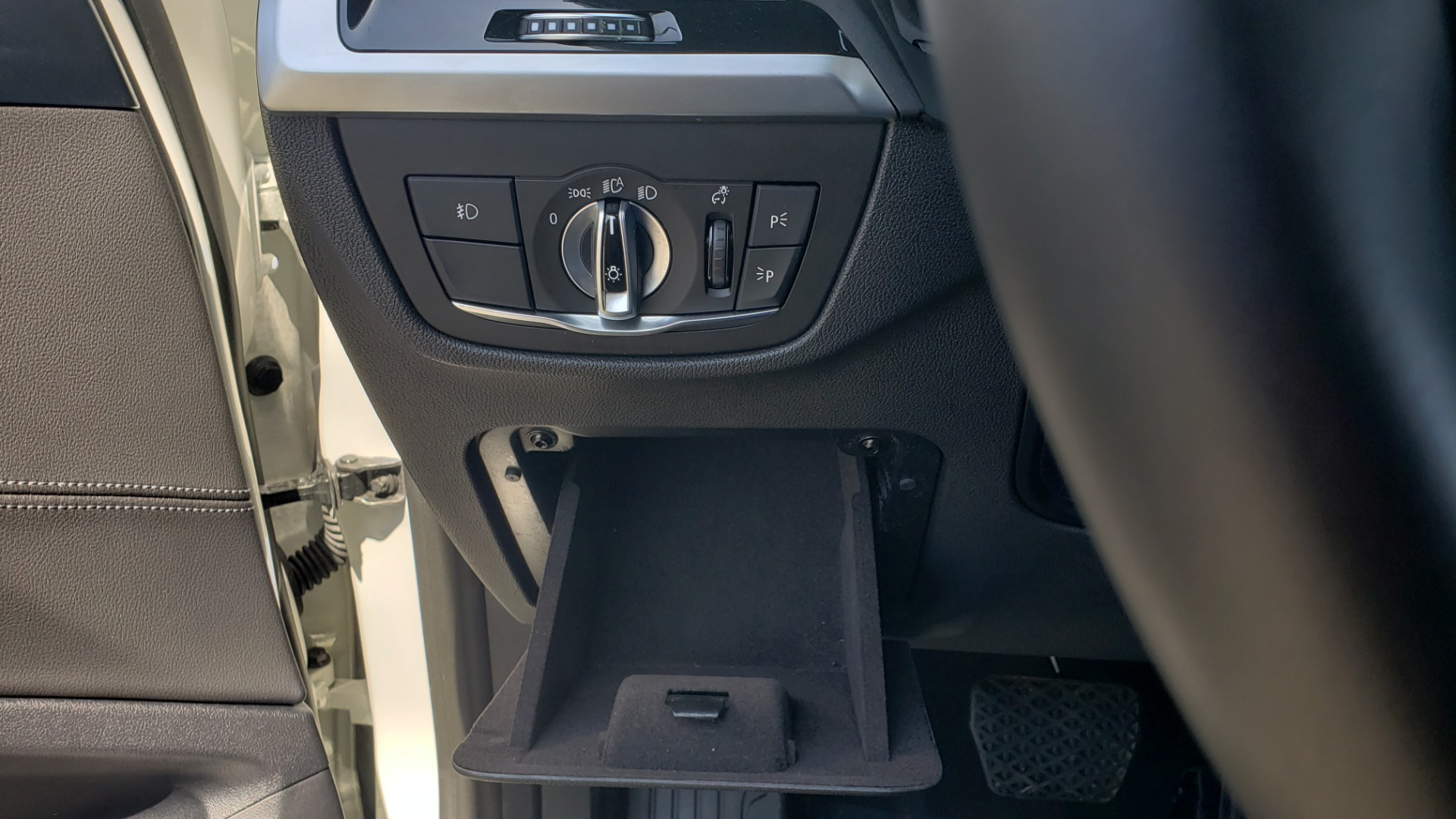 Used 2018 BMW X3 XDRIVE30I / CONV PKG / PANO-ROOF / HTD STS / REARVIEW for sale $33,995 at Formula Imports in Charlotte NC 28227 41