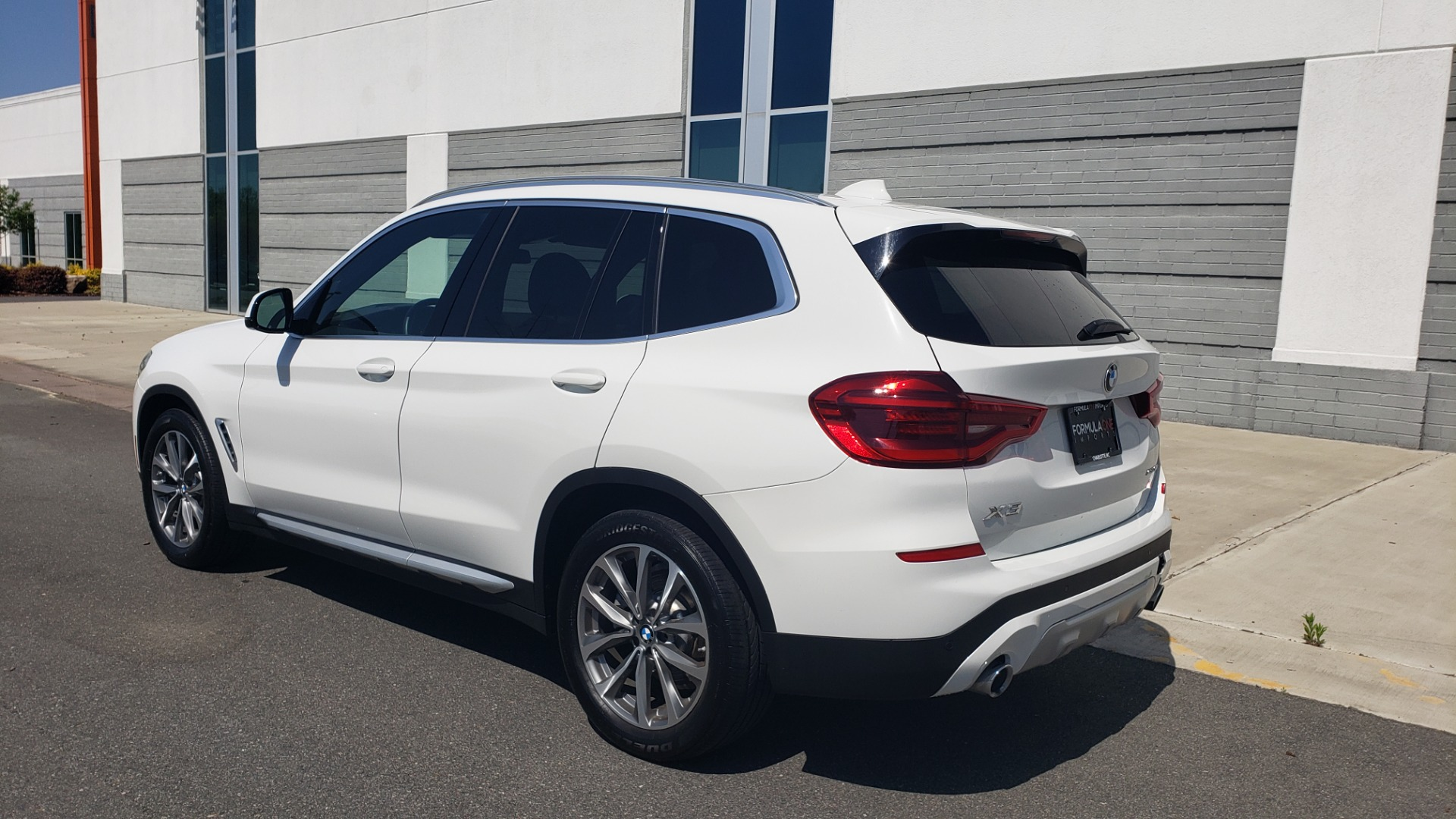 Used 2018 BMW X3 XDRIVE30I / CONV PKG / PANO-ROOF / HTD STS / REARVIEW for sale $33,995 at Formula Imports in Charlotte NC 28227 5