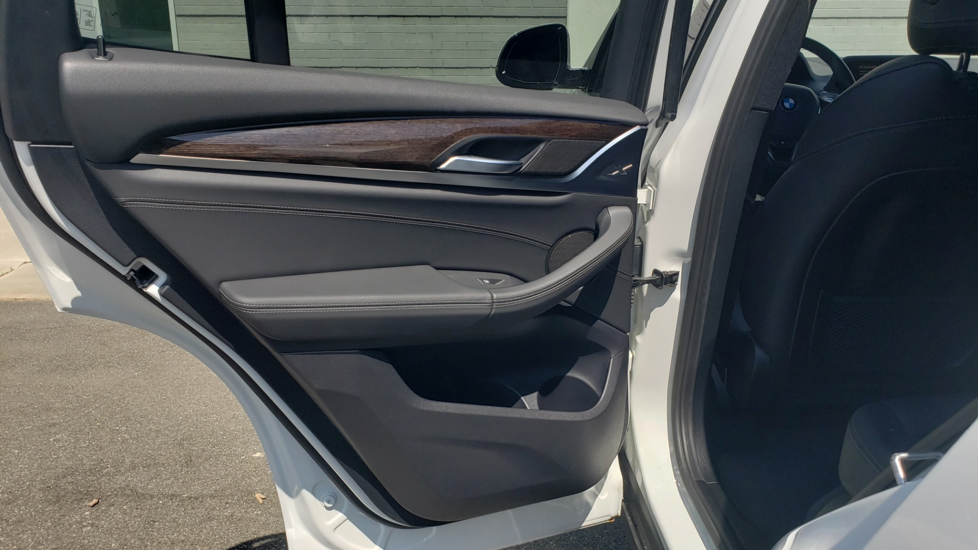 Used 2018 BMW X3 XDRIVE30I / CONV PKG / PANO-ROOF / HTD STS / REARVIEW for sale $33,995 at Formula Imports in Charlotte NC 28227 61