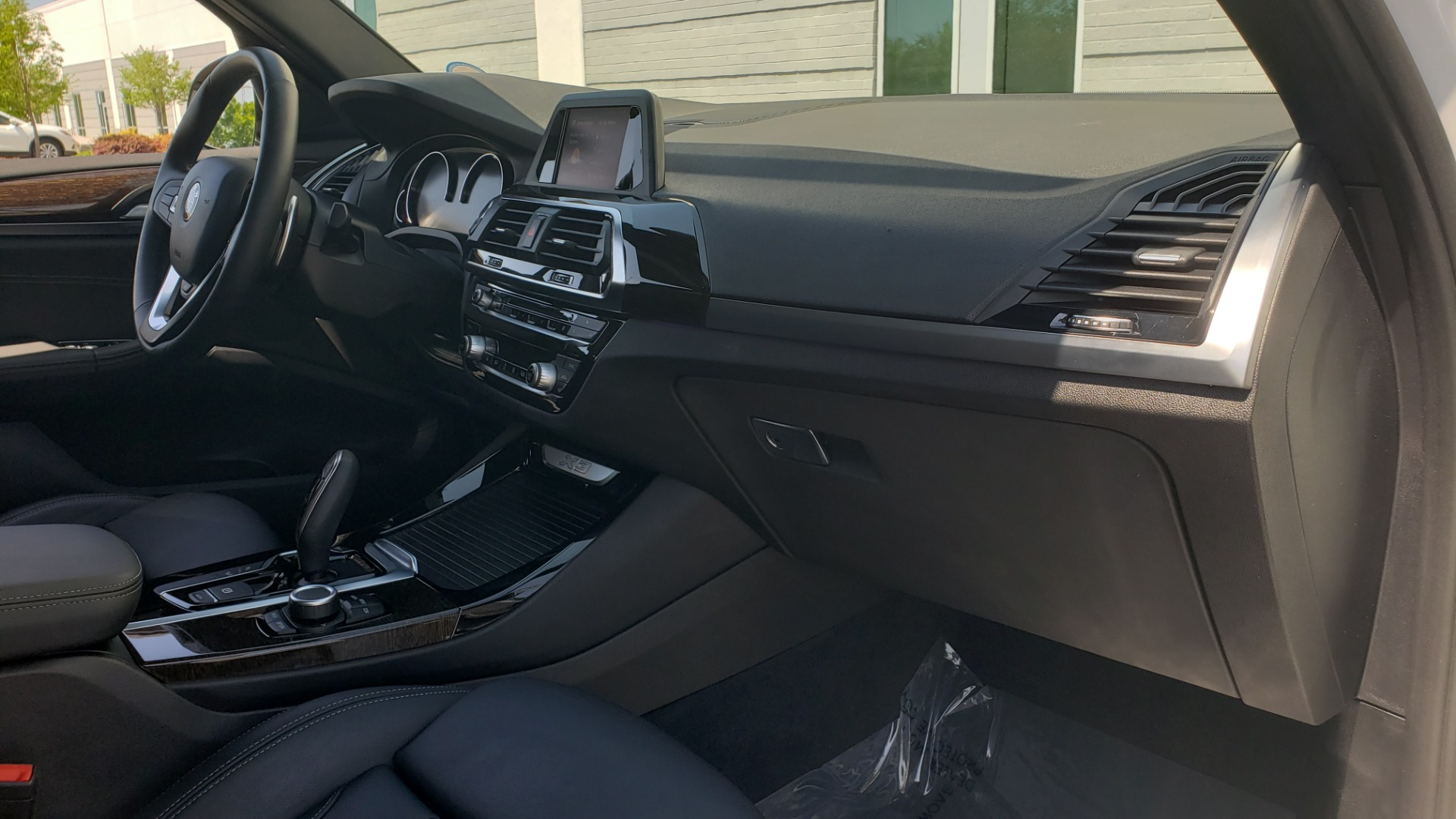 Used 2018 BMW X3 XDRIVE30I / CONV PKG / PANO-ROOF / HTD STS / REARVIEW for sale $33,995 at Formula Imports in Charlotte NC 28227 69