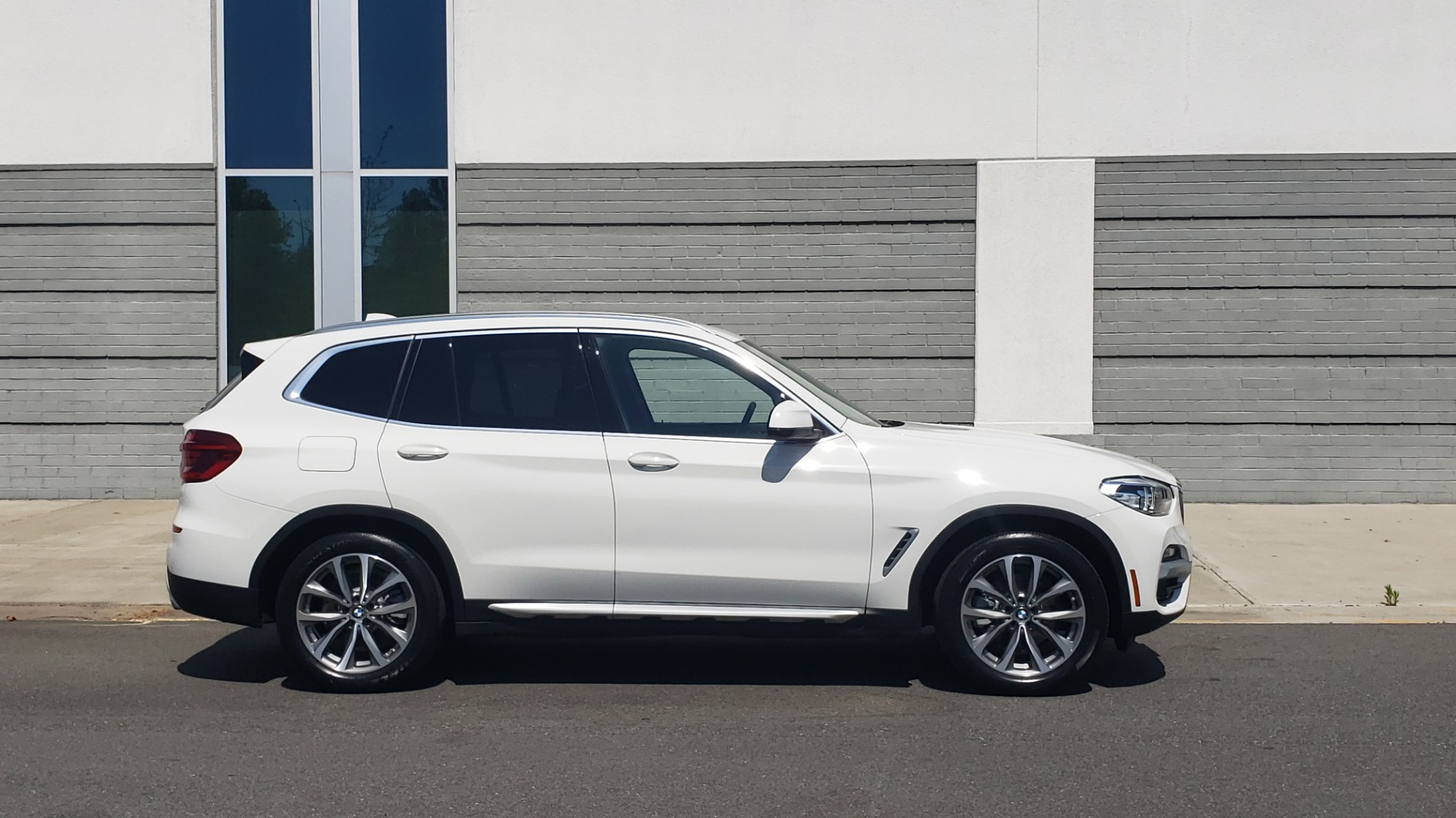 Used 2018 BMW X3 XDRIVE30I / CONV PKG / PANO-ROOF / HTD STS / REARVIEW for sale $33,995 at Formula Imports in Charlotte NC 28227 7