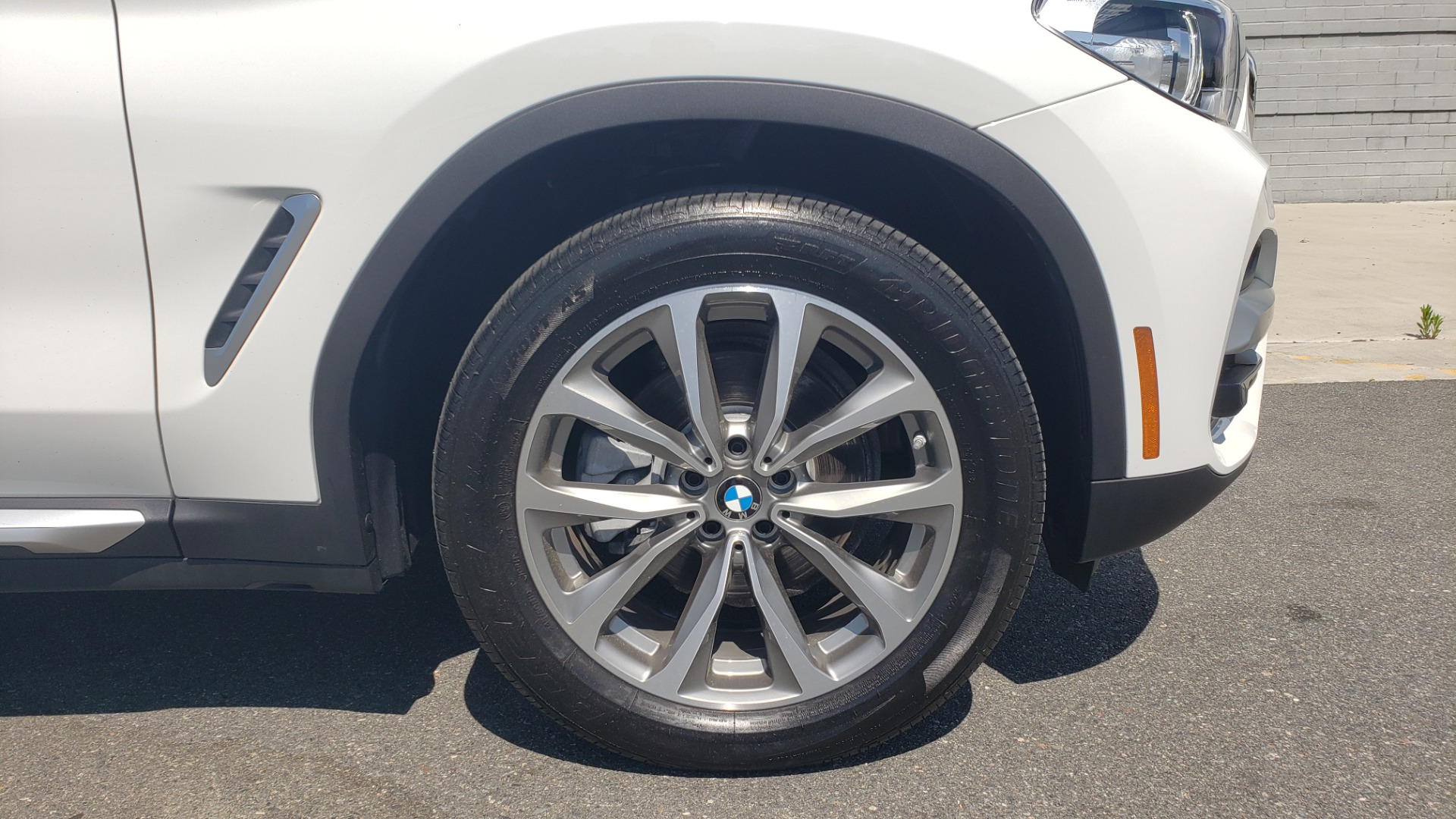 Used 2018 BMW X3 XDRIVE30I / CONV PKG / PANO-ROOF / HTD STS / REARVIEW for sale $33,995 at Formula Imports in Charlotte NC 28227 81