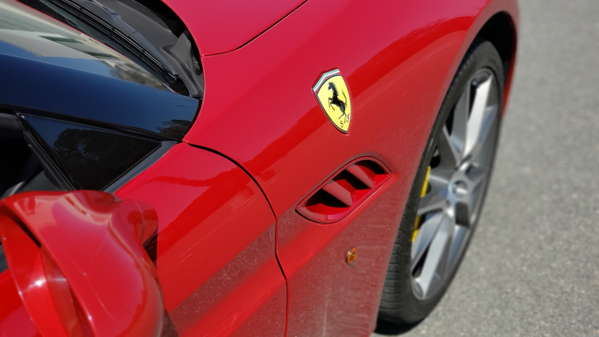Used 2014 Ferrari CALIFORNIA CONVERTIBLE 2+2 / NAV / PARK SENS / CAMERA / TPMS for sale Sold at Formula Imports in Charlotte NC 28227 58
