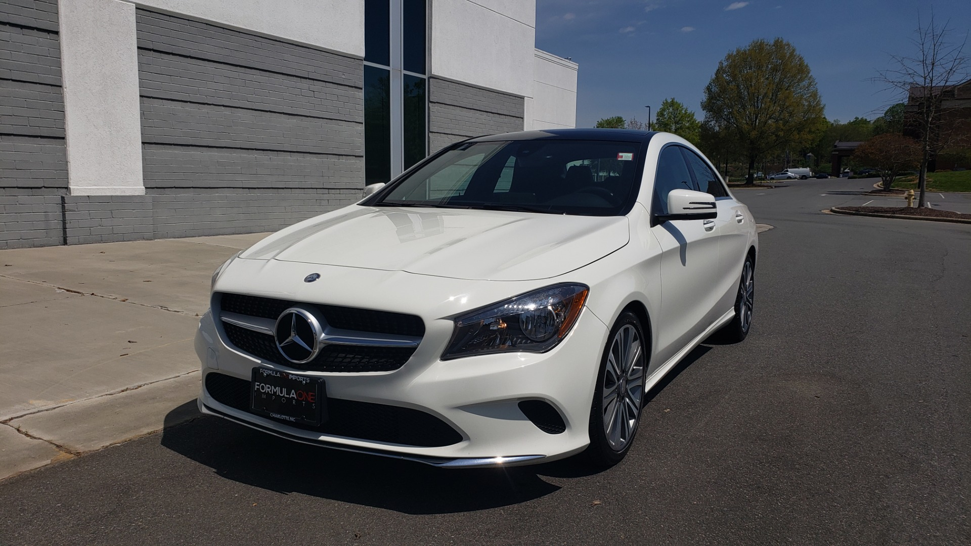 Used 2018 Mercedes-Benz CLA 250 4MATIC PREMIUM / PANO-ROOF / CONV PKG / APPLE / REARVIEW for sale $25,395 at Formula Imports in Charlotte NC 28227 2