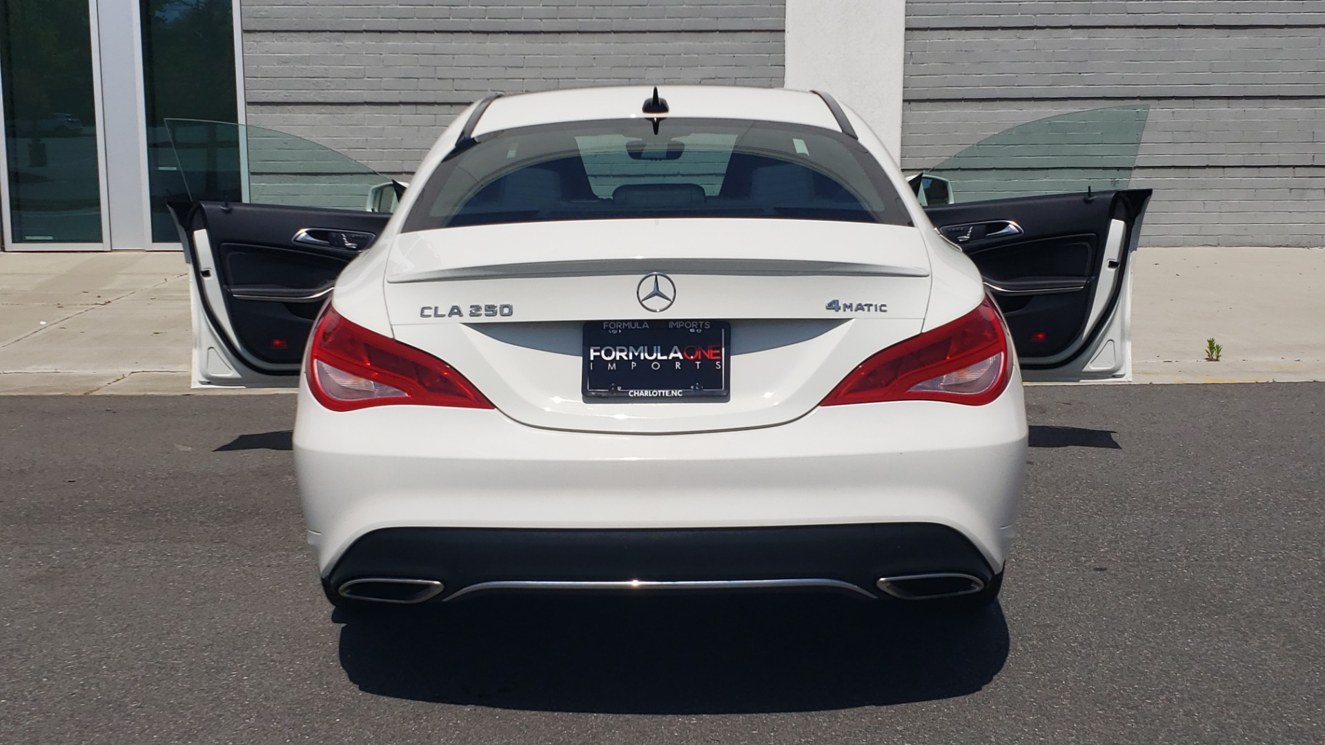Used 2018 Mercedes-Benz CLA 250 4MATIC PREMIUM / PANO-ROOF / CONV PKG / APPLE / REARVIEW for sale $25,395 at Formula Imports in Charlotte NC 28227 26