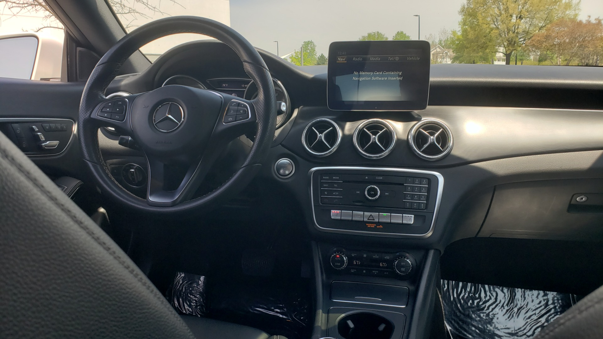Used 2018 Mercedes-Benz CLA 250 4MATIC PREMIUM / PANO-ROOF / CONV PKG / APPLE / REARVIEW for sale $25,395 at Formula Imports in Charlotte NC 28227 72