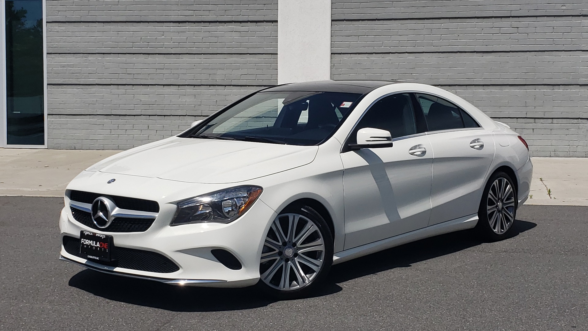 Used 2018 Mercedes-Benz CLA 250 4MATIC PREMIUM / PANO-ROOF / CONV PKG / APPLE / REARVIEW for sale $25,395 at Formula Imports in Charlotte NC 28227 1