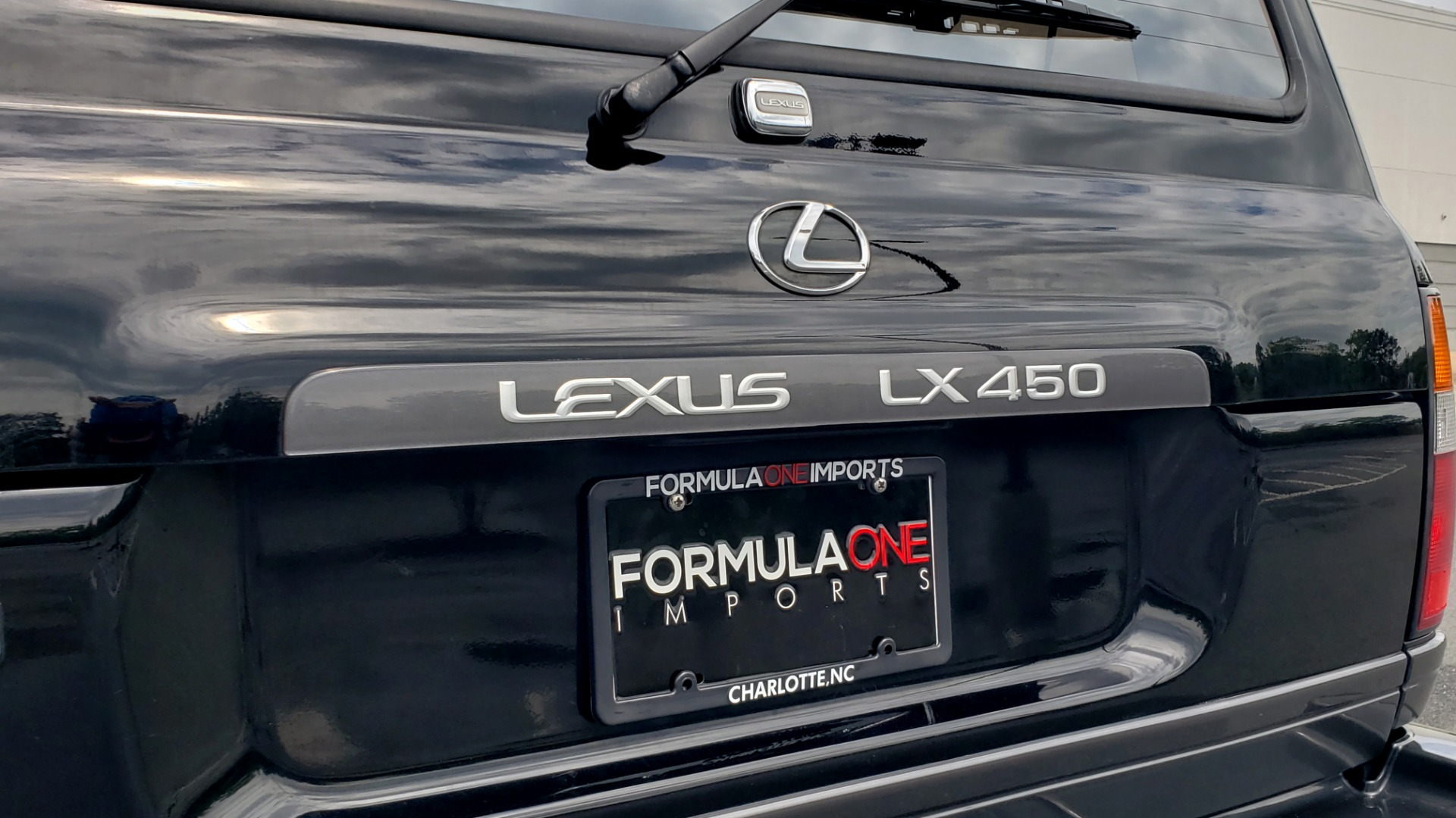 Used 1996 Lexus LX 450 AWD / 4.5L 6-CYL / 4-SPD AUTO / RUNNING BOARDS / NEW BFG TIRES for sale $49,995 at Formula Imports in Charlotte NC 28227 57