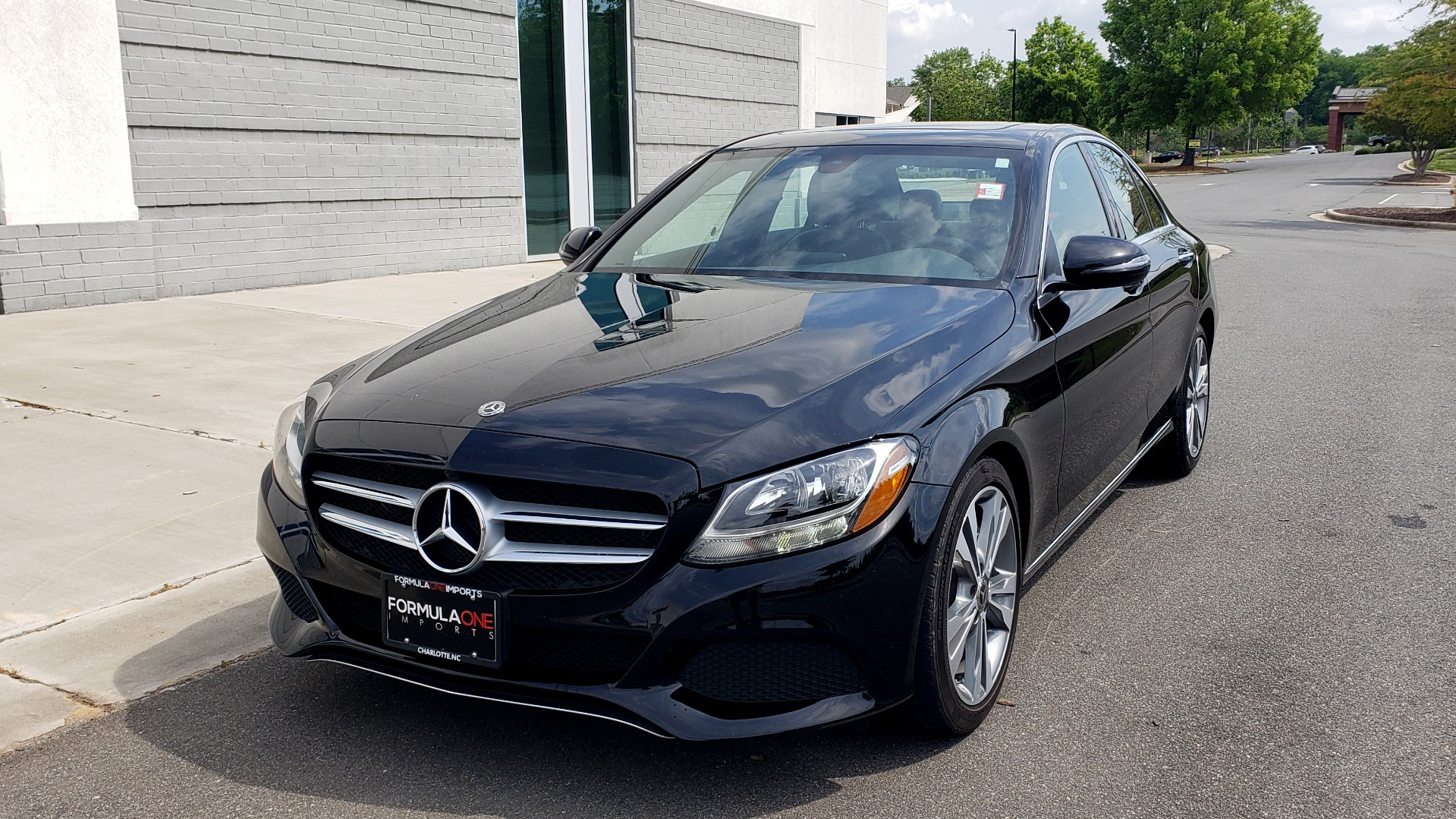 Used 2018 Mercedes-Benz C-CLASS C 300 PREMIUM / HTD STS / APPLE CARPLAY / 18IN WHEELS / REARVIEW for sale $24,795 at Formula Imports in Charlotte NC 28227 2