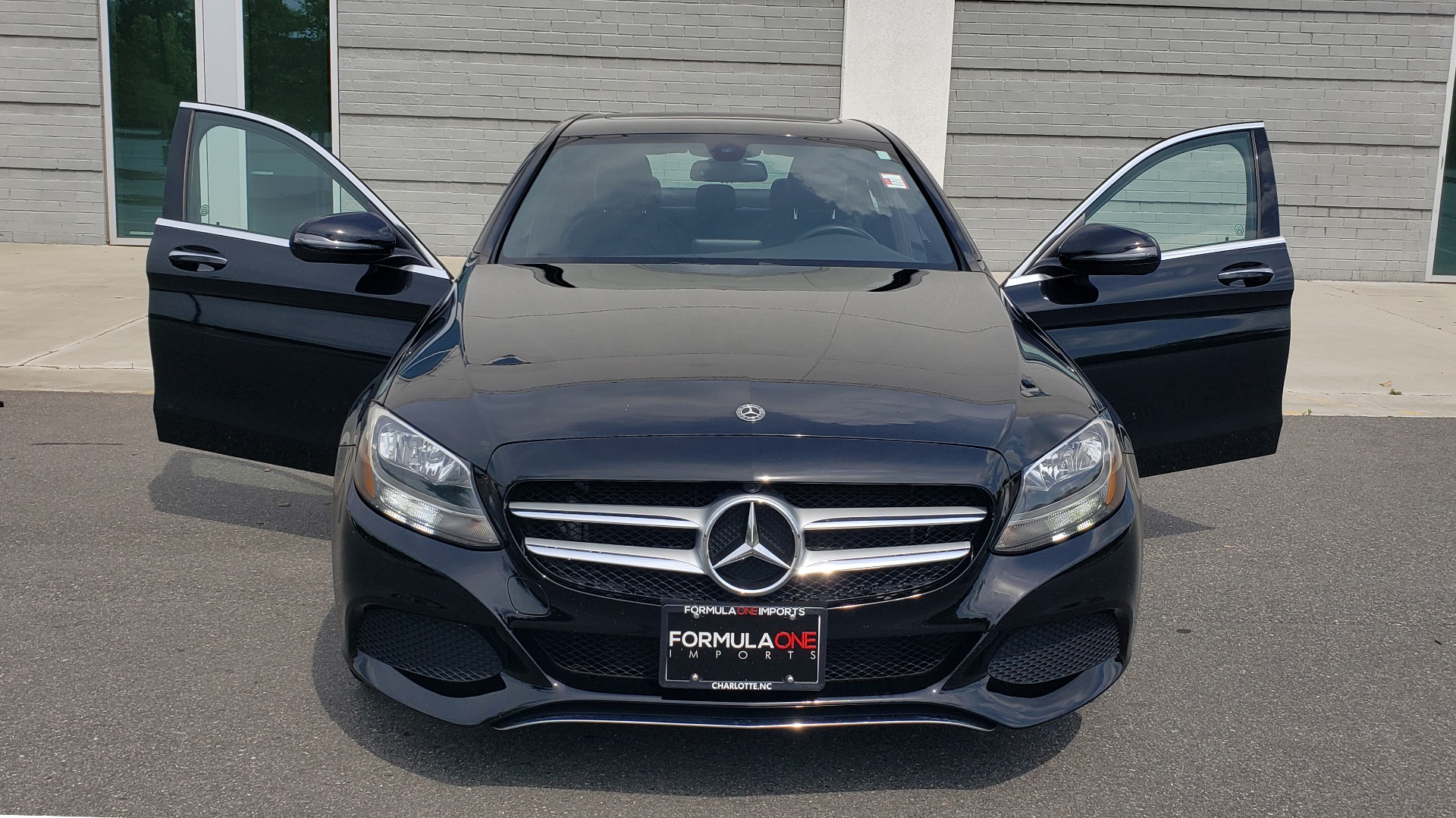 Used 2018 Mercedes-Benz C-CLASS C 300 PREMIUM / HTD STS / APPLE CARPLAY / 18IN WHEELS / REARVIEW for sale $24,795 at Formula Imports in Charlotte NC 28227 22