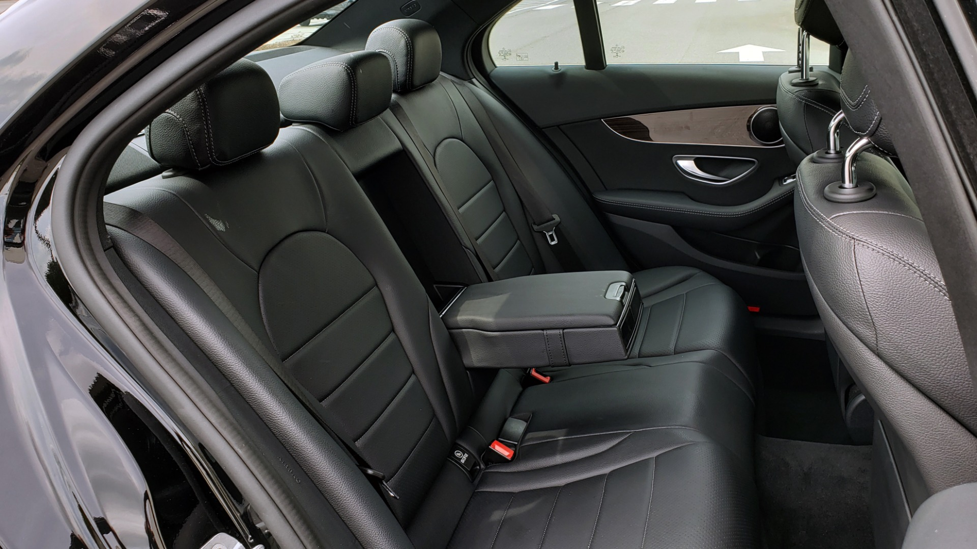 Used 2018 Mercedes-Benz C-CLASS C 300 PREMIUM / HTD STS / APPLE CARPLAY / 18IN WHEELS / REARVIEW for sale $24,795 at Formula Imports in Charlotte NC 28227 75