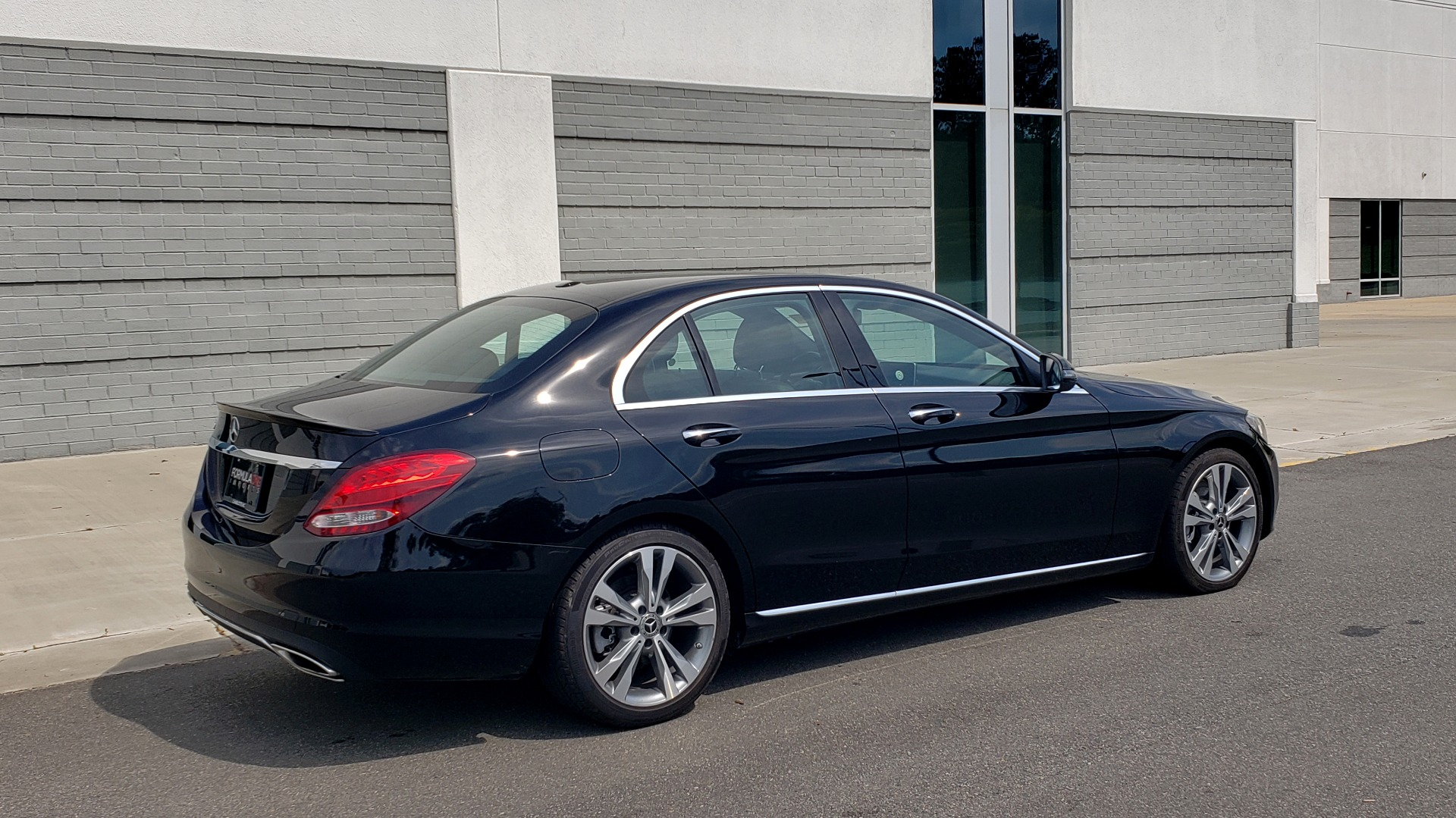 Used 2018 Mercedes-Benz C-CLASS C 300 PREMIUM / HTD STS / APPLE CARPLAY / 18IN WHEELS / REARVIEW for sale $24,795 at Formula Imports in Charlotte NC 28227 8