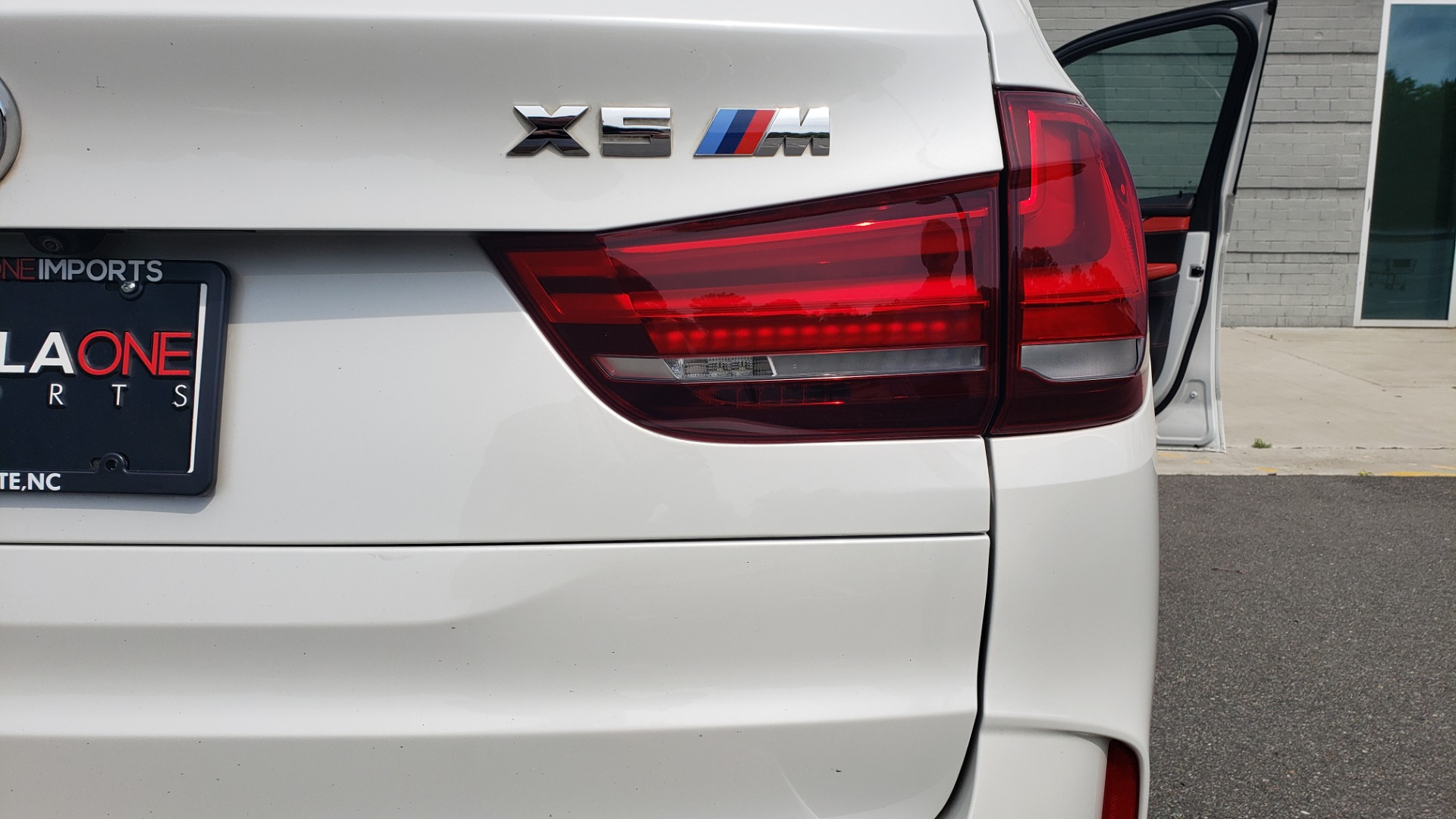 Used 2017 BMW X5 M EXECUTIVE PKG / NAV / DRVR ASST / BSM / HUD / HTD STS / WIFI for sale Sold at Formula Imports in Charlotte NC 28227 30