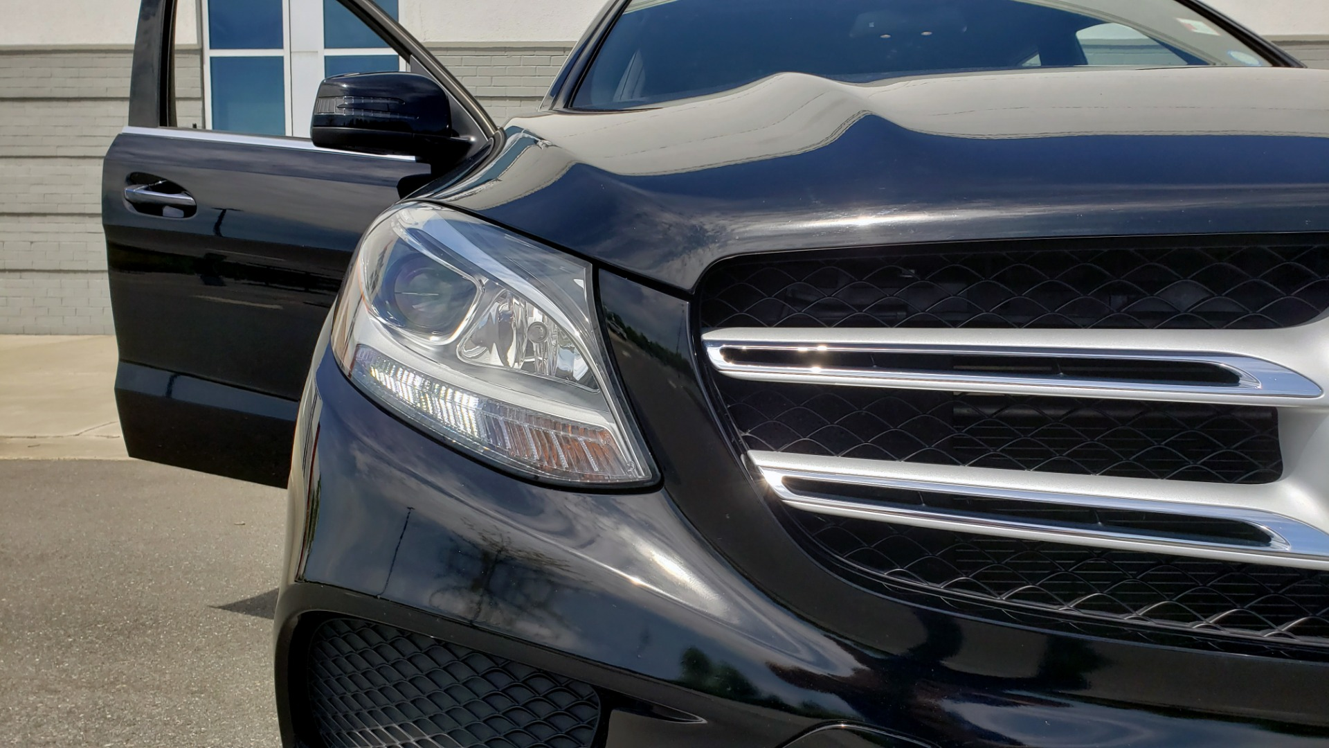 Used 2018 Mercedes-Benz GLE 350 PREMIUM / NAV / H/K SOUND / SUNROOF / REARVIEW for sale Sold at Formula Imports in Charlotte NC 28227 27