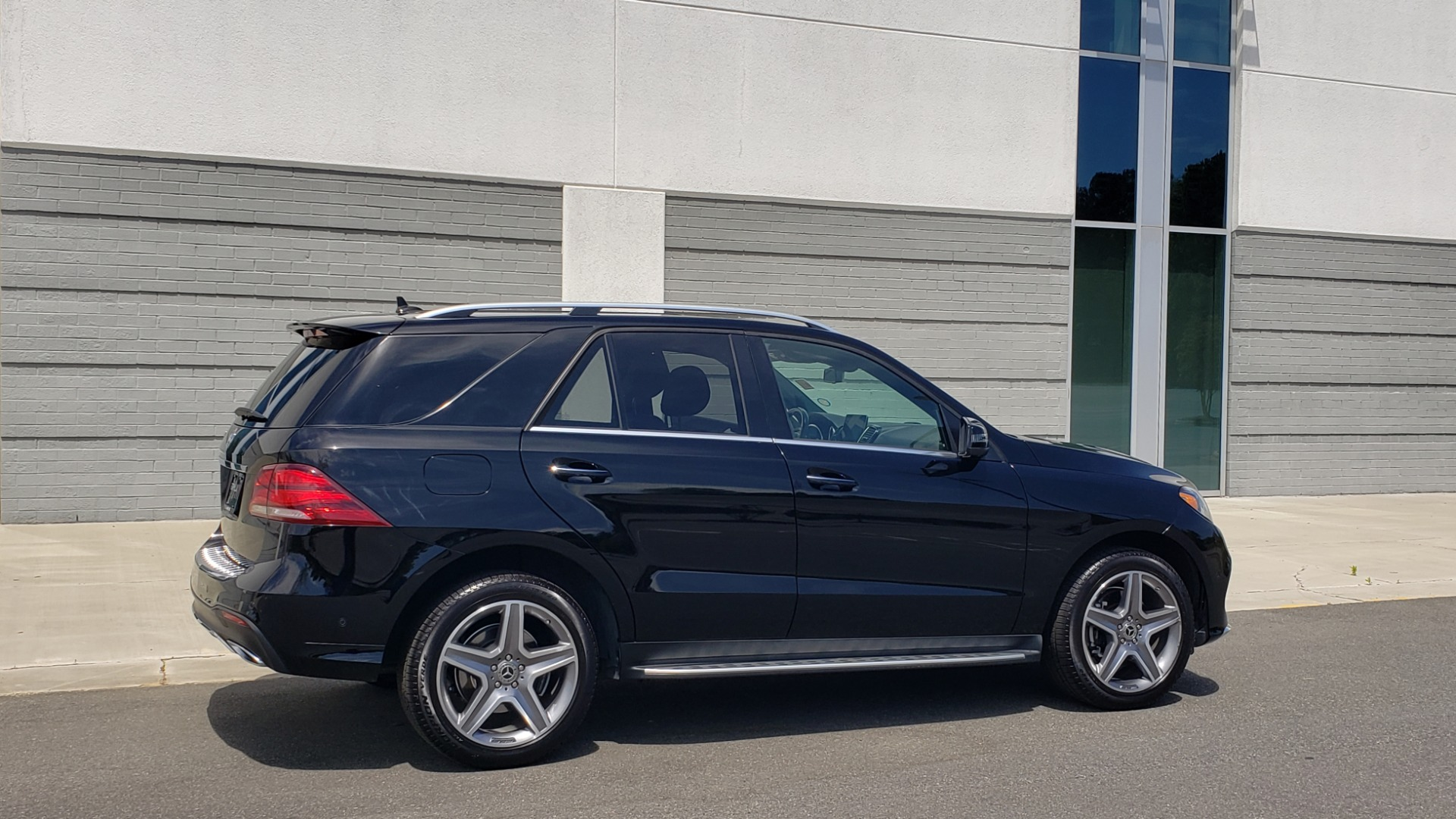 Used 2018 Mercedes-Benz GLE 350 PREMIUM / NAV / H/K SOUND / SUNROOF / REARVIEW for sale Sold at Formula Imports in Charlotte NC 28227 7