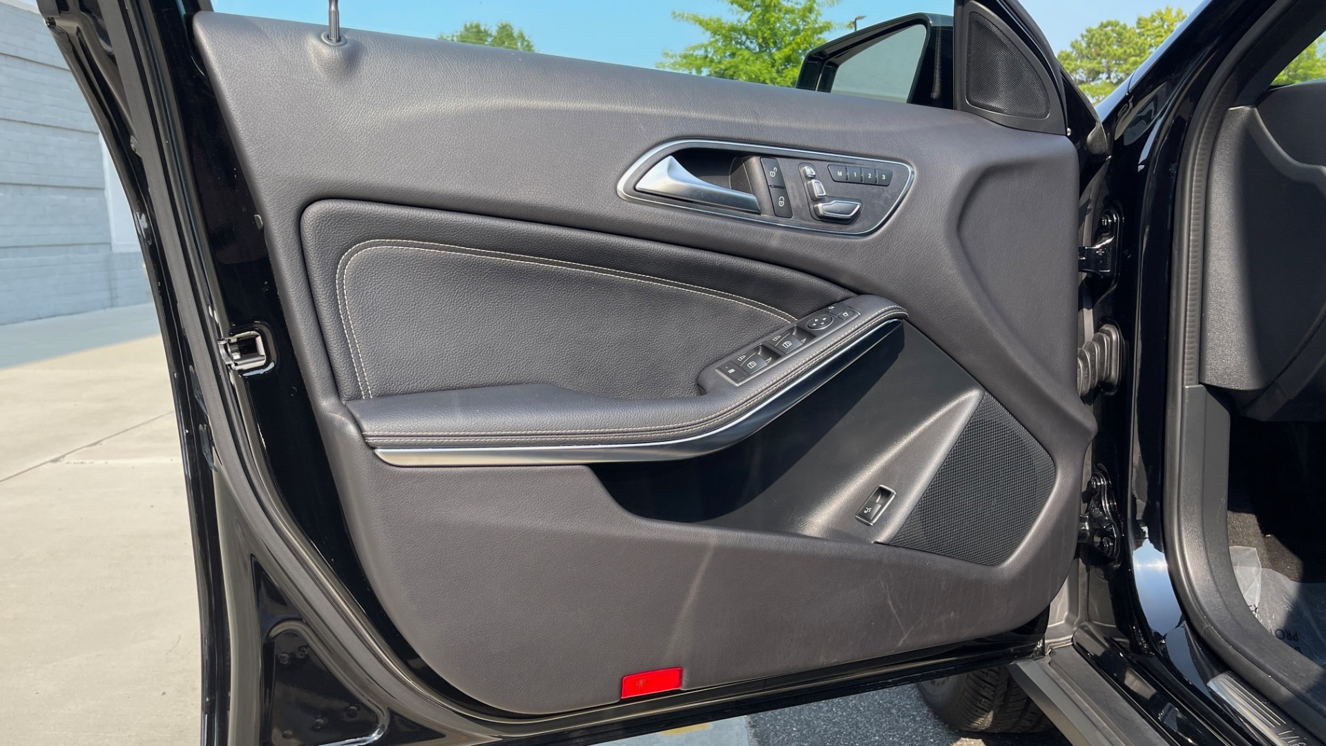 Used 2018 Mercedes-Benz GLA 250 SUV / GARMIN MAP PILOT / 18IN WHEELS / REARVIEW for sale $26,995 at Formula Imports in Charlotte NC 28227 24