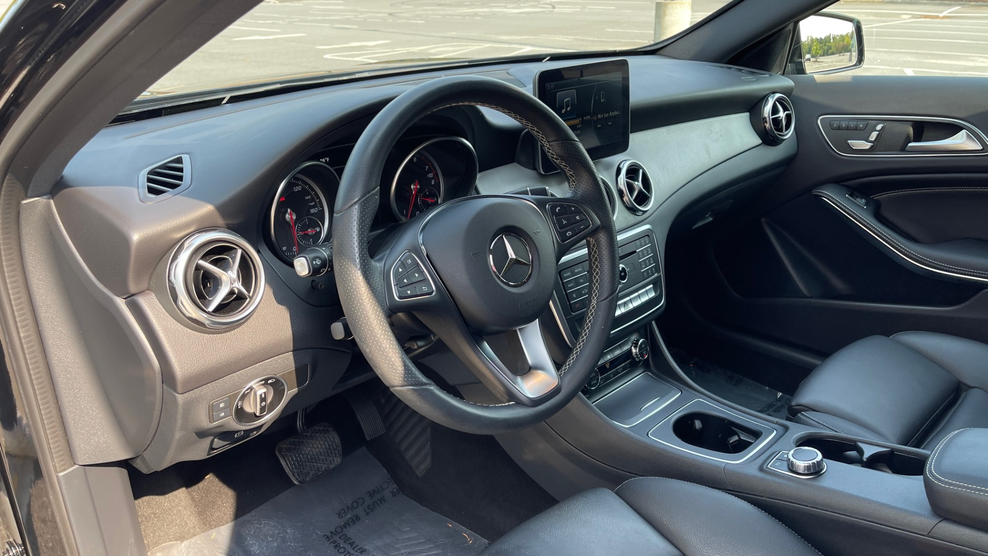 Used 2018 Mercedes-Benz GLA 250 SUV / GARMIN MAP PILOT / 18IN WHEELS / REARVIEW for sale $26,995 at Formula Imports in Charlotte NC 28227 26