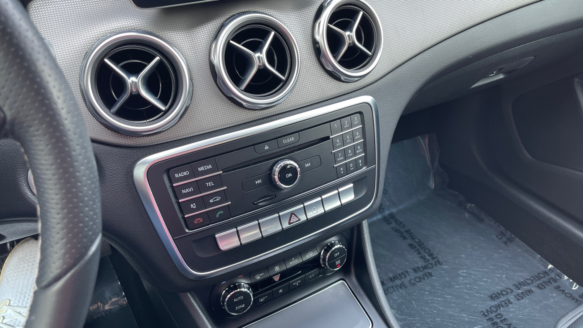 Used 2018 Mercedes-Benz GLA 250 SUV / GARMIN MAP PILOT / 18IN WHEELS / REARVIEW for sale $26,995 at Formula Imports in Charlotte NC 28227 37