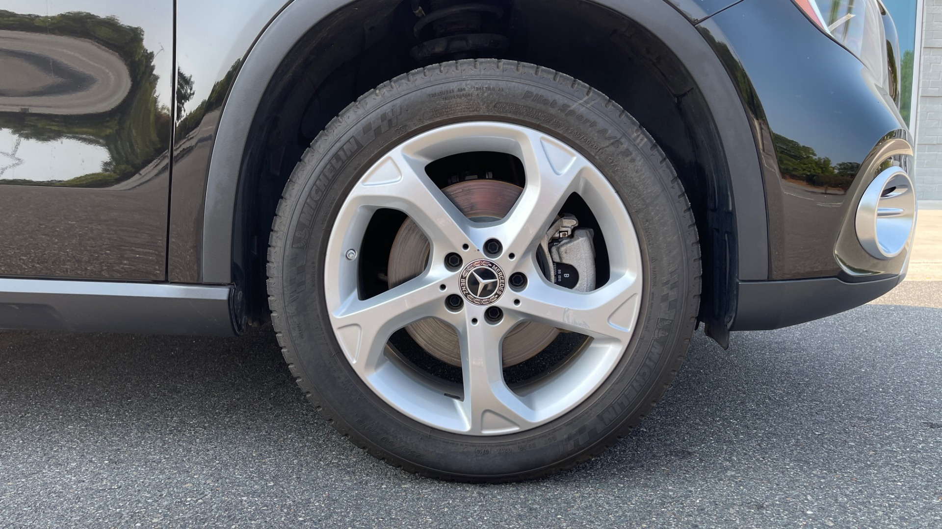 Used 2018 Mercedes-Benz GLA 250 SUV / GARMIN MAP PILOT / 18IN WHEELS / REARVIEW for sale $26,995 at Formula Imports in Charlotte NC 28227 60