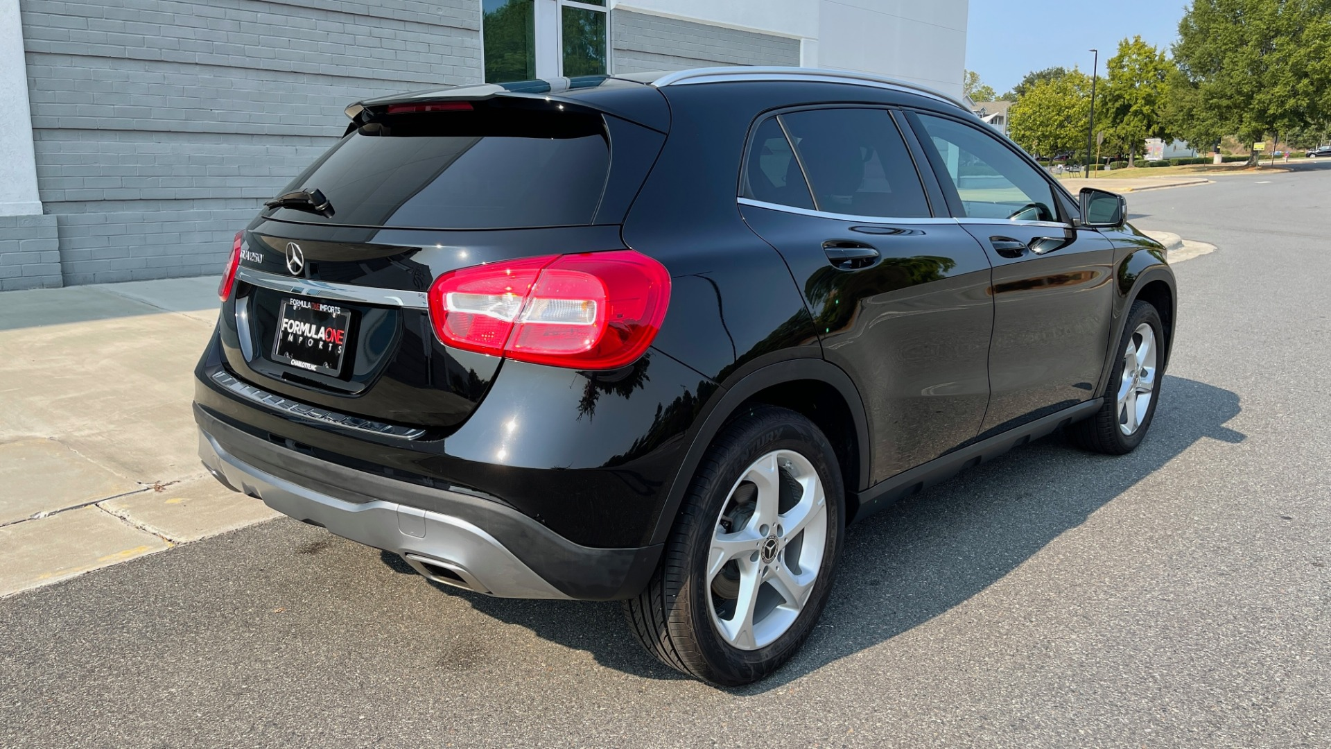 Used 2018 Mercedes-Benz GLA 250 SUV / GARMIN MAP PILOT / 18IN WHEELS / REARVIEW for sale $26,995 at Formula Imports in Charlotte NC 28227 7
