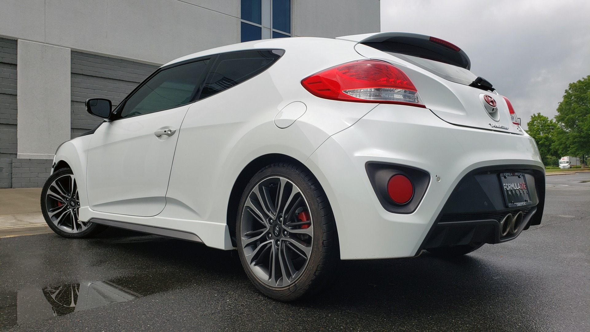 Used 2016 Hyundai VELOSTER 1.6L TURBO / 7-SPD ATUO / 3DR COUPE / NAV / PANO-ROOF for sale Sold at Formula Imports in Charlotte NC 28227 2