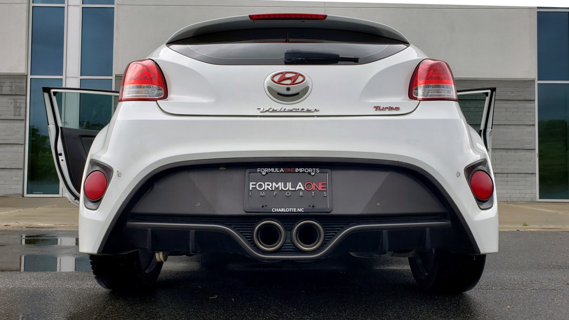 Used 2016 Hyundai VELOSTER 1.6L TURBO / 7-SPD ATUO / 3DR COUPE / NAV / PANO-ROOF for sale Sold at Formula Imports in Charlotte NC 28227 26