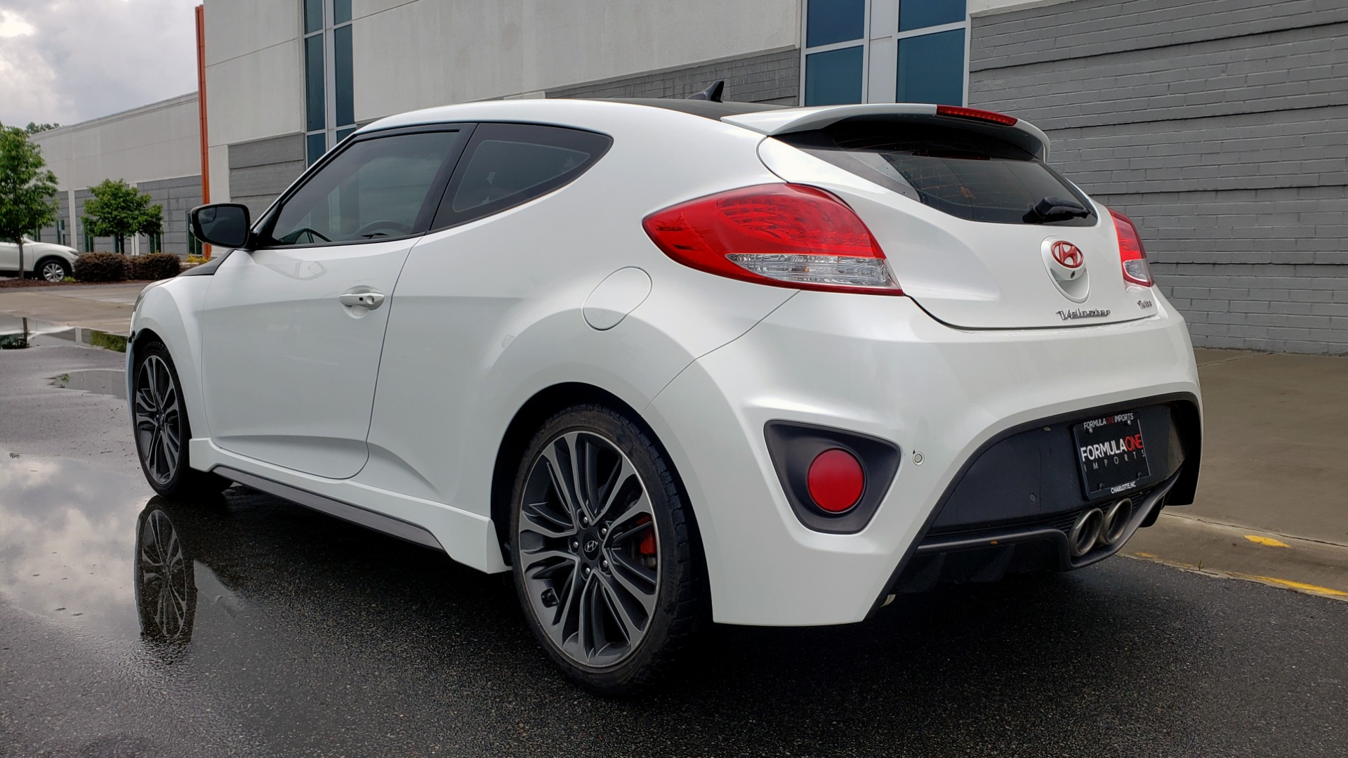 Used 2016 Hyundai VELOSTER 1.6L TURBO / 7-SPD ATUO / 3DR COUPE / NAV / PANO-ROOF for sale Sold at Formula Imports in Charlotte NC 28227 6