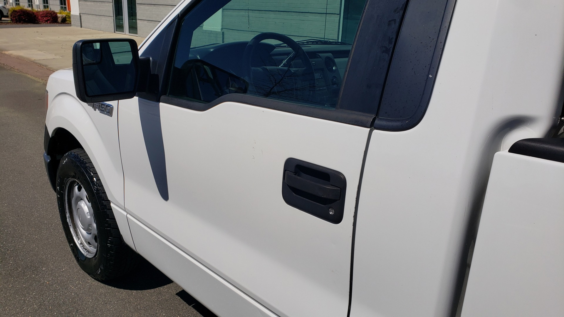 Used 2013 Ford F-150 XL 4X2 REG CAB / 3.7L V6 / 6-SPD AUTO / WORK TRUCK for sale Call for price at Formula Imports in Charlotte NC 28227 5