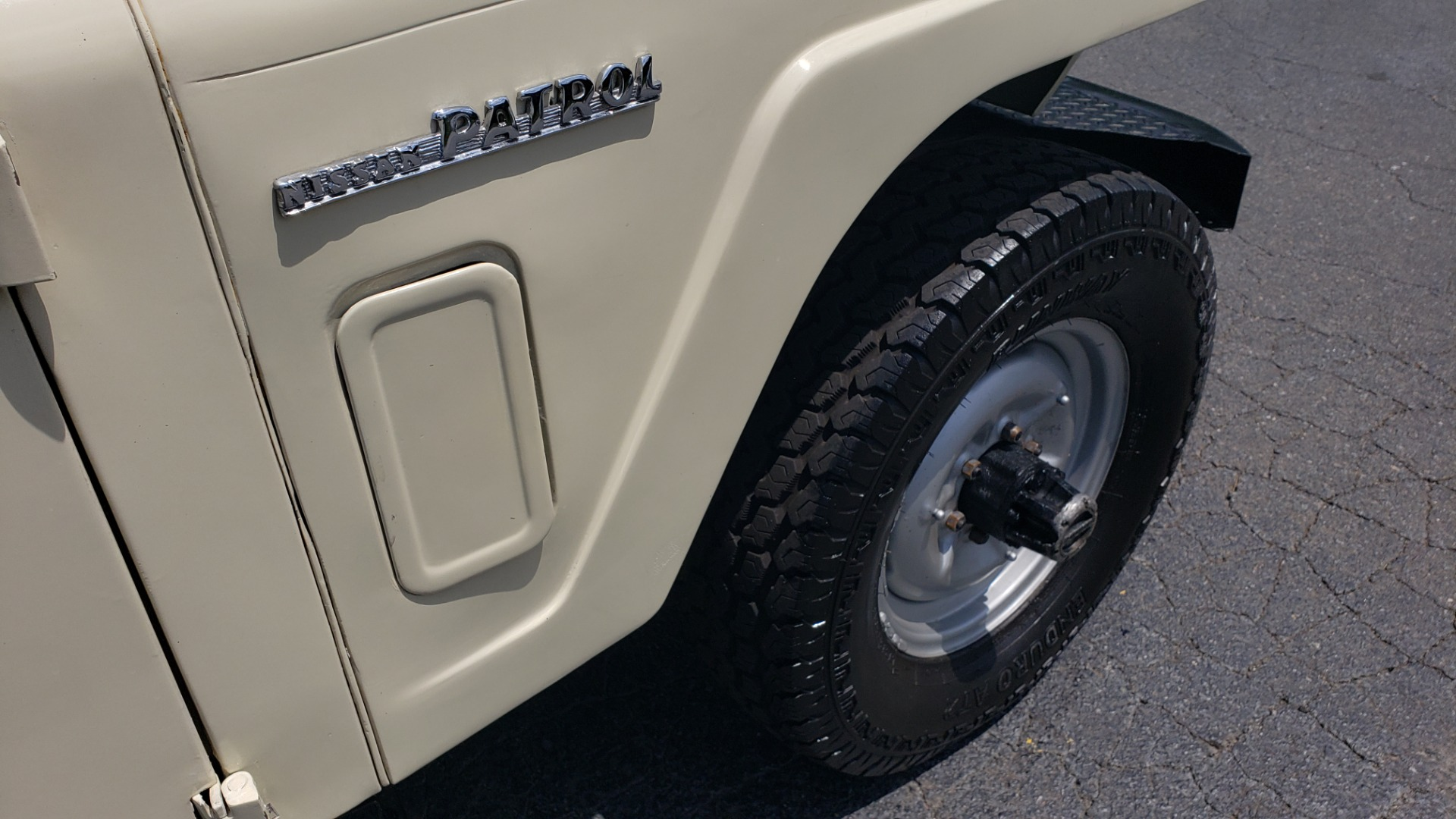 Used 1978 Nissan PATROL 4x4 / SOFT-TOP / 6-CYL / MANUAL / SEATS-9 / FULLY RESTORED for sale $32,400 at Formula Imports in Charlotte NC 28227 27