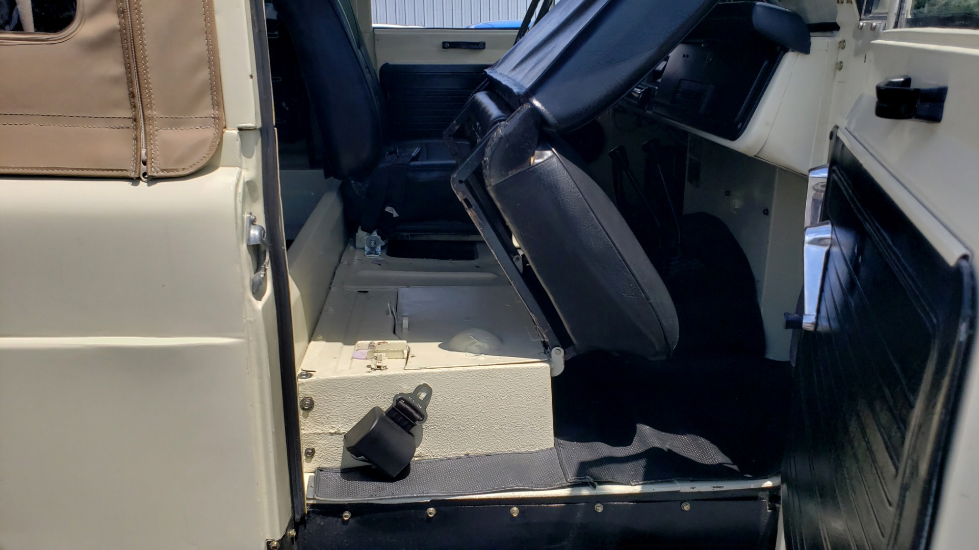 Used 1978 Nissan PATROL 4x4 / SOFT-TOP / 6-CYL / MANUAL / SEATS-9 / FULLY RESTORED for sale $32,400 at Formula Imports in Charlotte NC 28227 55