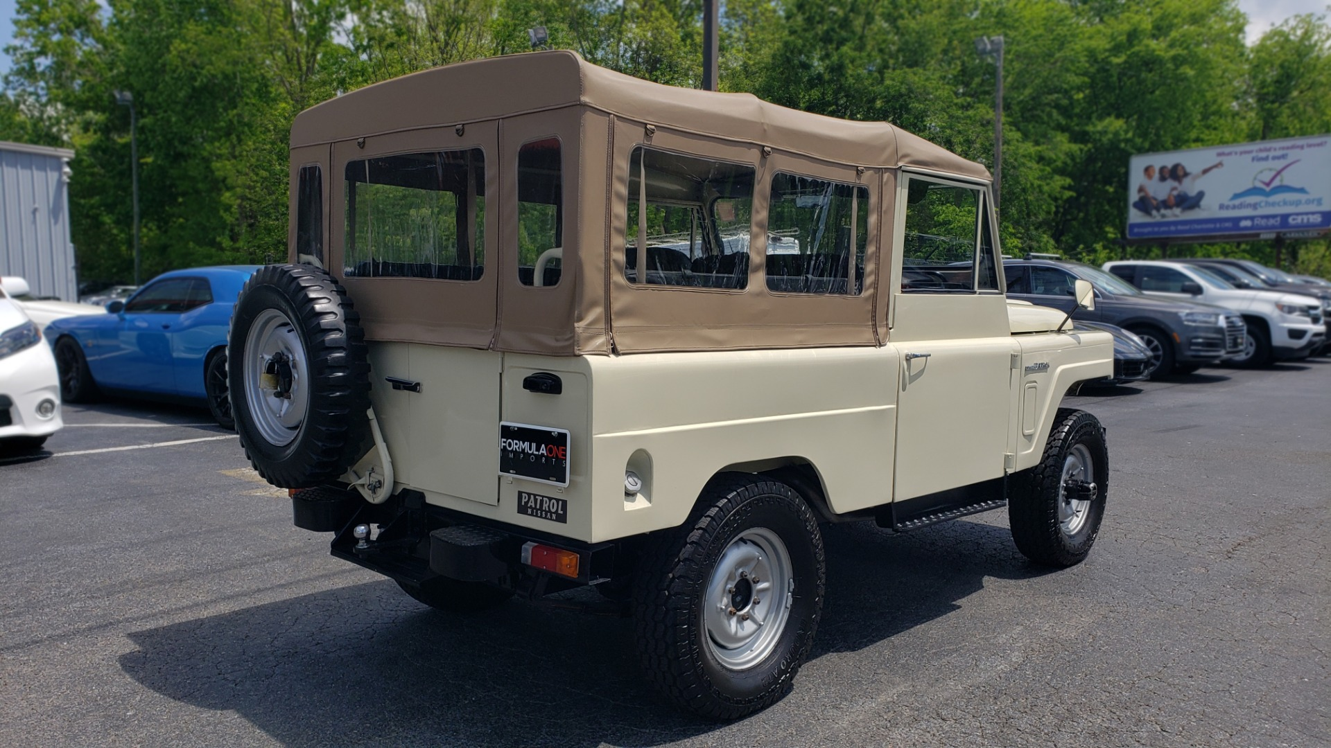 Used 1978 Nissan PATROL 4x4 / SOFT-TOP / 6-CYL / MANUAL / SEATS-9 / FULLY RESTORED for sale $32,400 at Formula Imports in Charlotte NC 28227 6