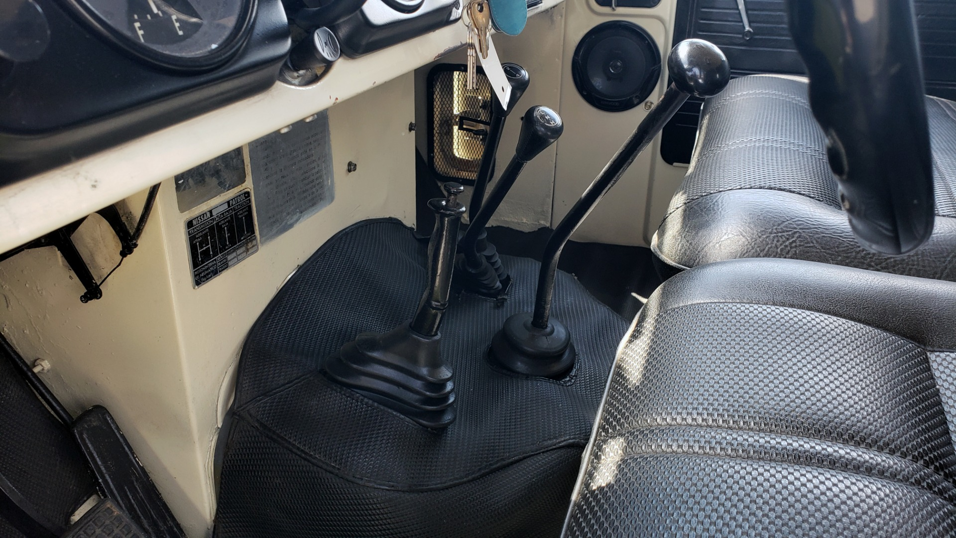 Used 1978 Nissan PATROL 4x4 / SOFT-TOP / 6-CYL / MANUAL / SEATS-9 / FULLY RESTORED for sale $32,400 at Formula Imports in Charlotte NC 28227 62