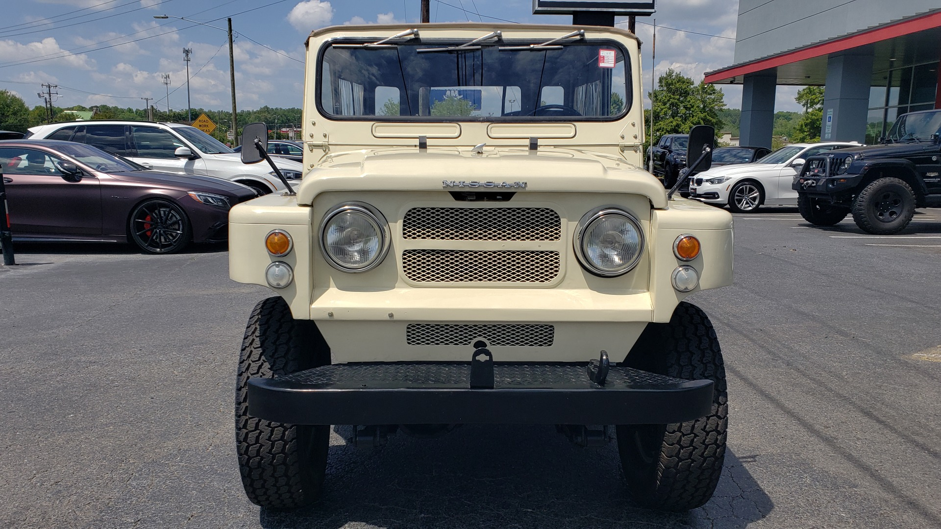 Used 1978 Nissan PATROL 4x4 / SOFT-TOP / 6-CYL / MANUAL / SEATS-9 / FULLY RESTORED for sale $32,400 at Formula Imports in Charlotte NC 28227 7