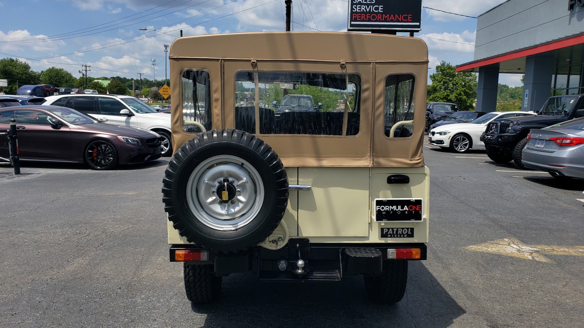Used 1978 Nissan PATROL 4x4 / SOFT-TOP / 6-CYL / MANUAL / SEATS-9 / FULLY RESTORED for sale $32,400 at Formula Imports in Charlotte NC 28227 8