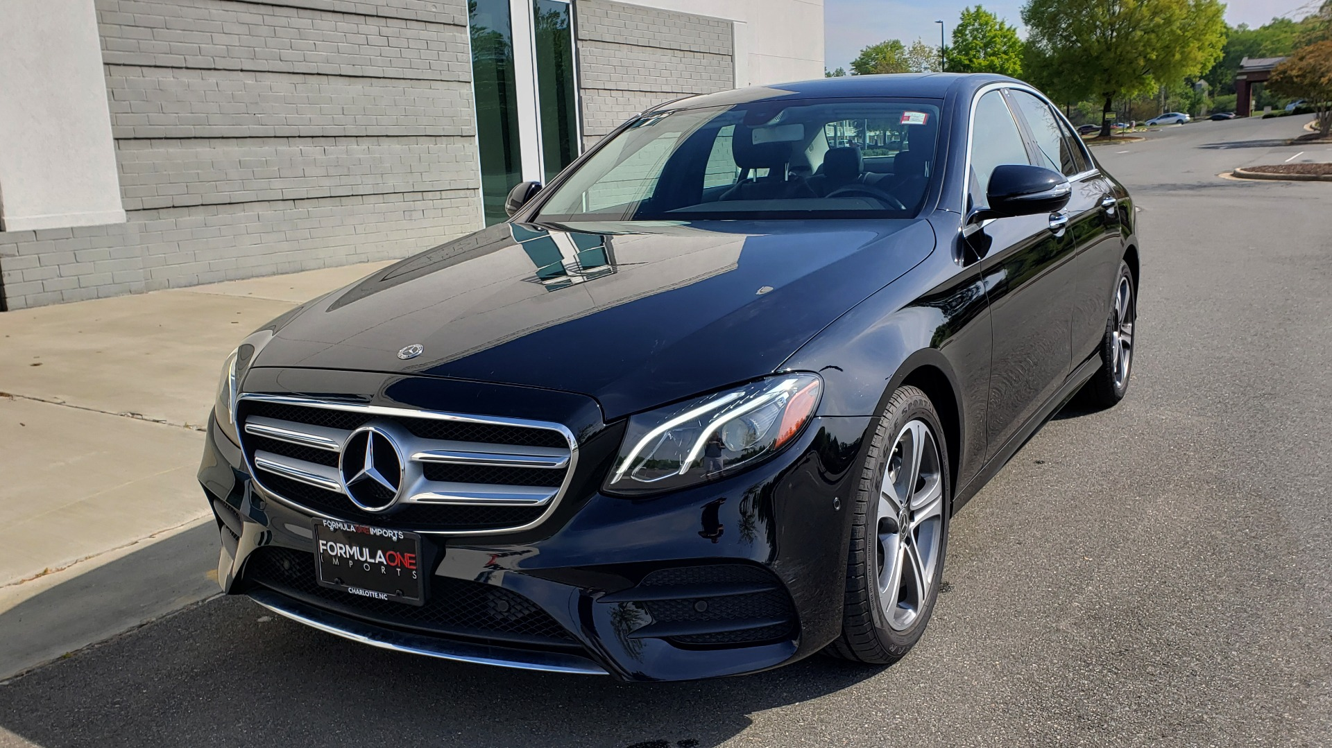 Used 2018 Mercedes-Benz E-CLASS E 300 PREMIUM / 4MATIC / NAV / SUNROOF / H/K SND / REARVIEW for sale $34,195 at Formula Imports in Charlotte NC 28227 2