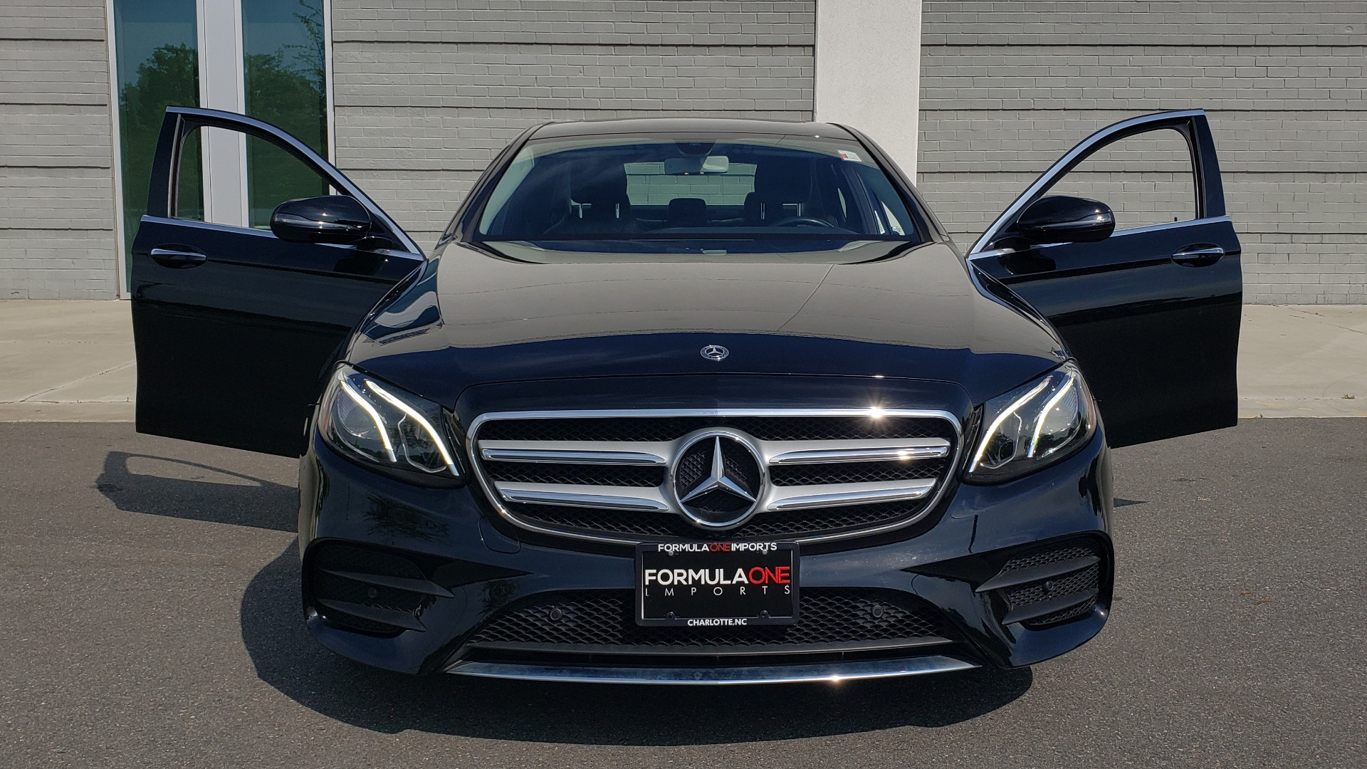 Used 2018 Mercedes-Benz E-CLASS E 300 PREMIUM / 4MATIC / NAV / SUNROOF / H/K SND / REARVIEW for sale $34,195 at Formula Imports in Charlotte NC 28227 20