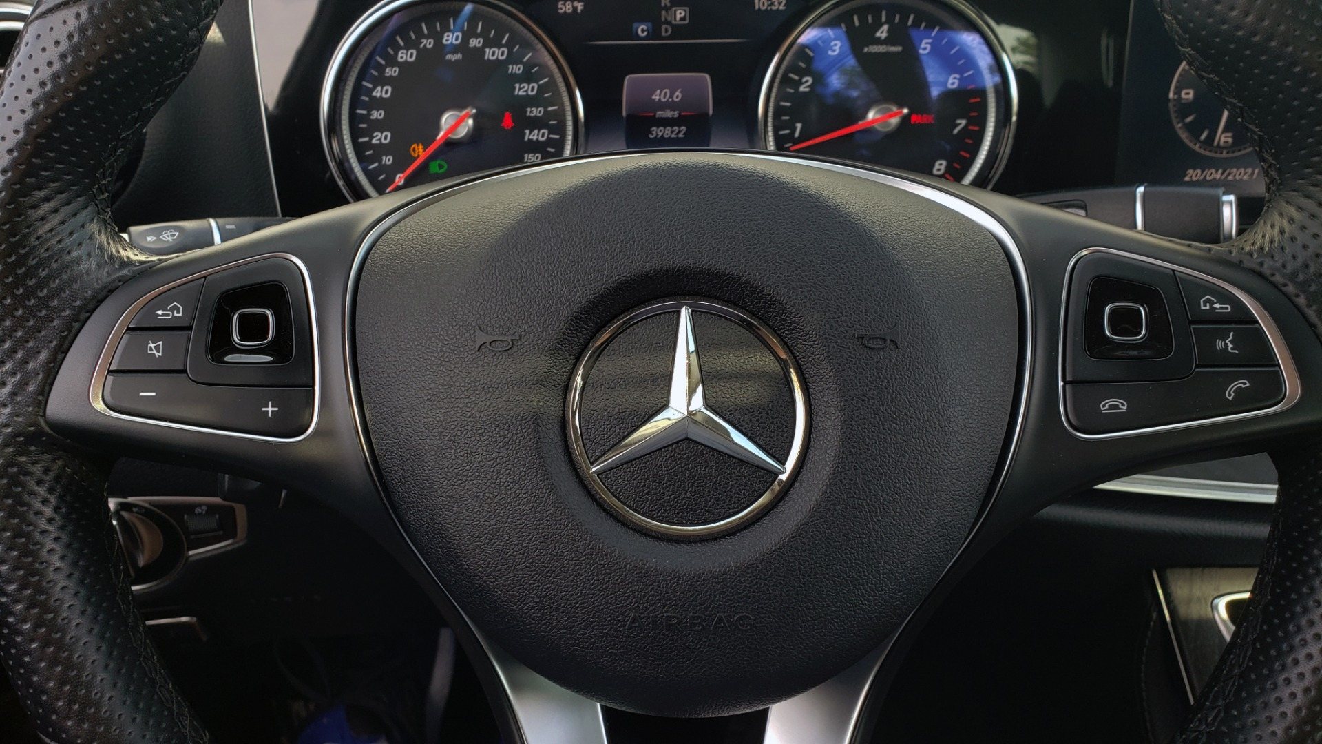 Used 2018 Mercedes-Benz E-CLASS E 300 PREMIUM / 4MATIC / NAV / SUNROOF / H/K SND / REARVIEW for sale $34,195 at Formula Imports in Charlotte NC 28227 37