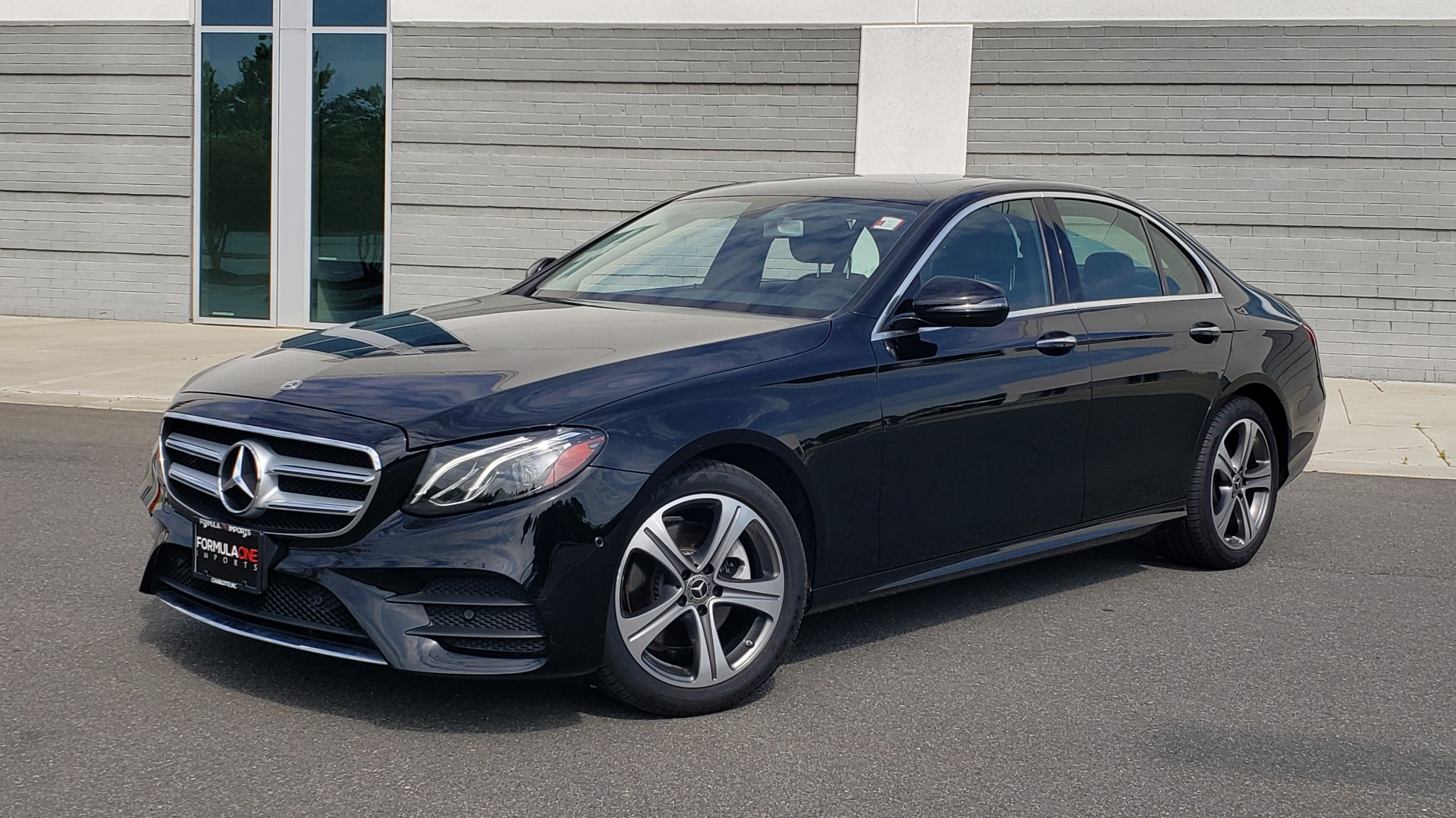Used 2018 Mercedes-Benz E-CLASS E 300 PREMIUM / 4MATIC / NAV / SUNROOF / H/K SND / REARVIEW for sale $34,195 at Formula Imports in Charlotte NC 28227 1