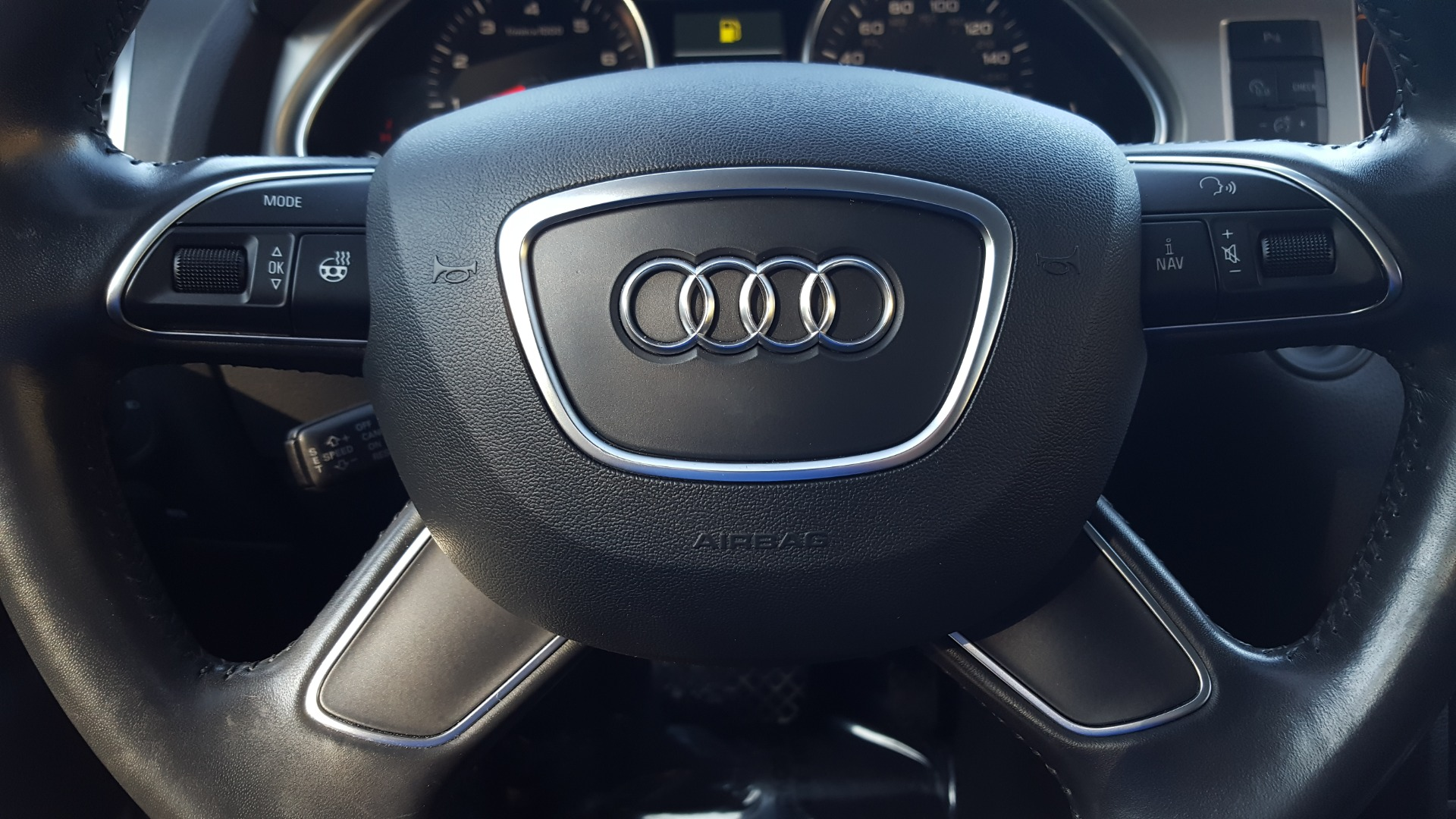 Used 2015 Audi Q7 3.0T PREMIUM PLUS TIPTRONIC / NAV / OFFROAD PLUS / WARM WEATHER / COLD WEAT for sale Sold at Formula Imports in Charlotte NC 28227 43